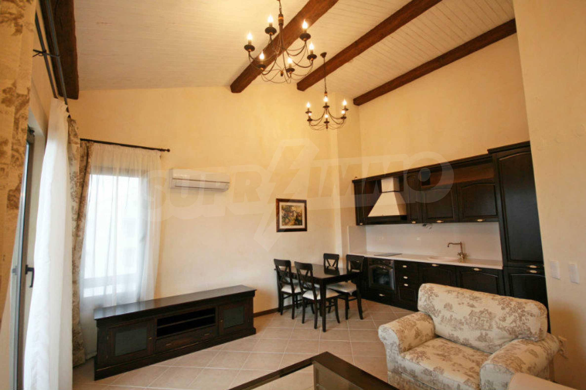 """Luxuriöse Wohnung in einer Elite-Anlage in Strandnähe """"Oasis"""" in Lozenets"""