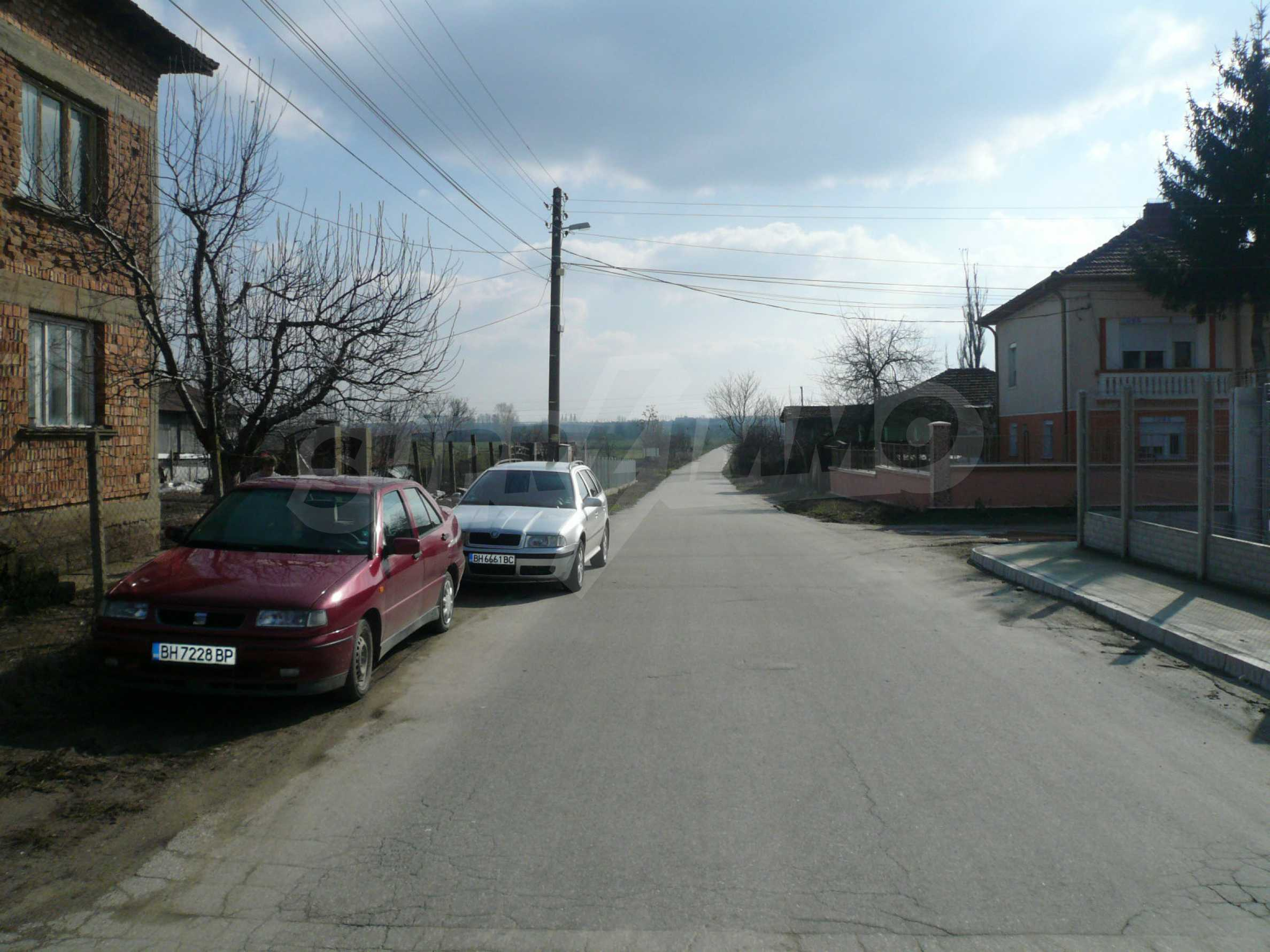 Spacious 2-storey house with garden 10 km from Vidin 10