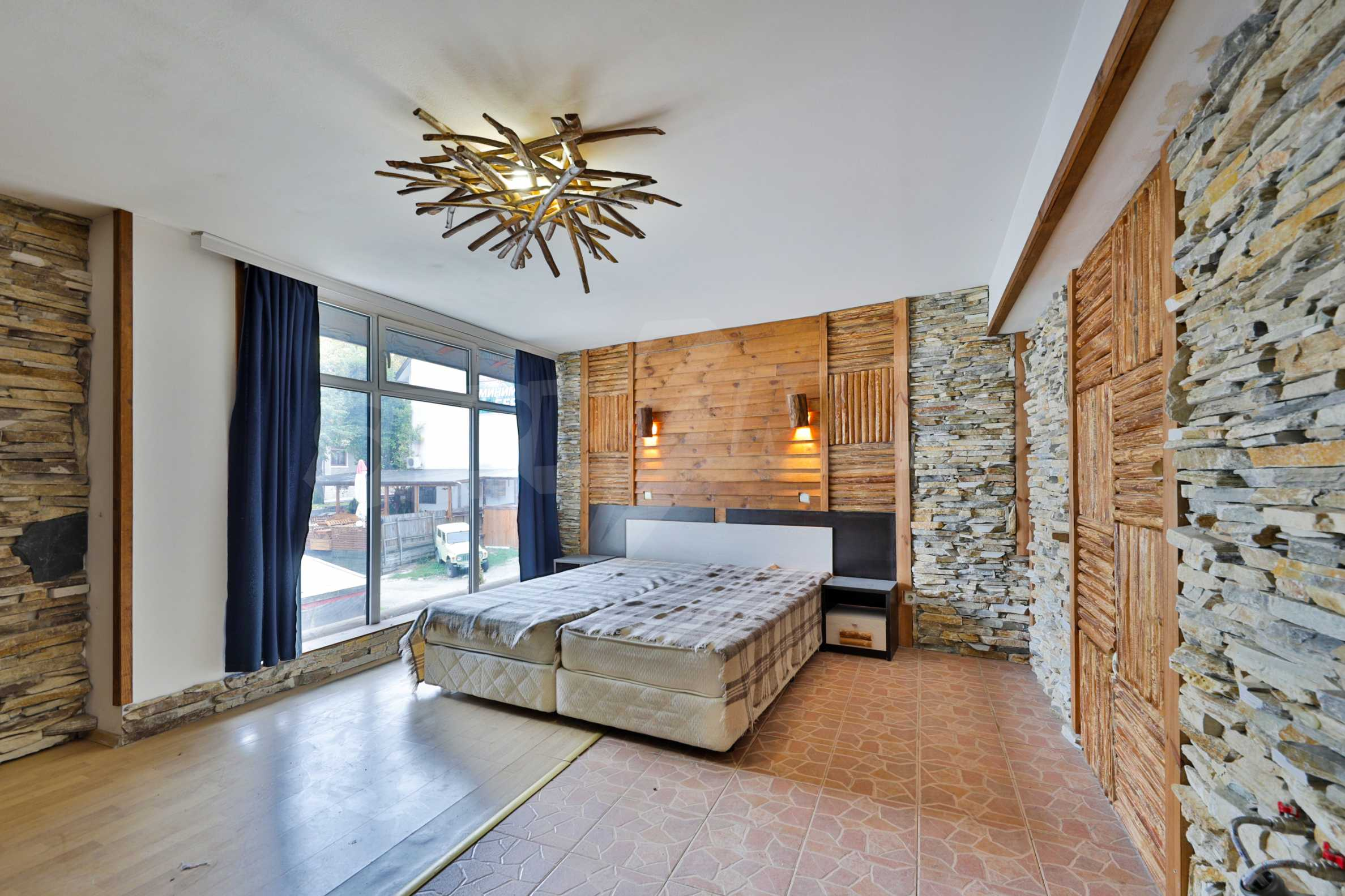 Pirin Apartments: Superb location right in the centre of Bansko