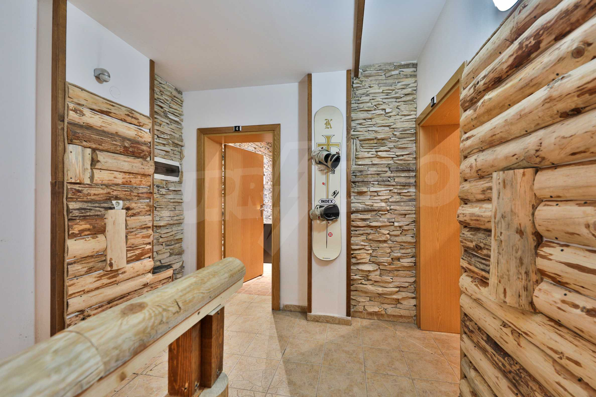 Pirin Apartments: Superb location right in the centre of Bansko 5