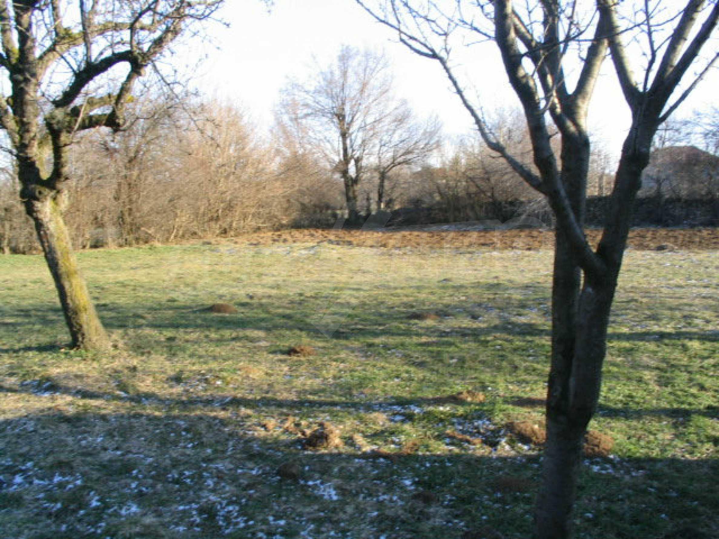 Zweistöckiges, solides Haus in einem Dorf 20 km. von Veliko Tarnovo 12