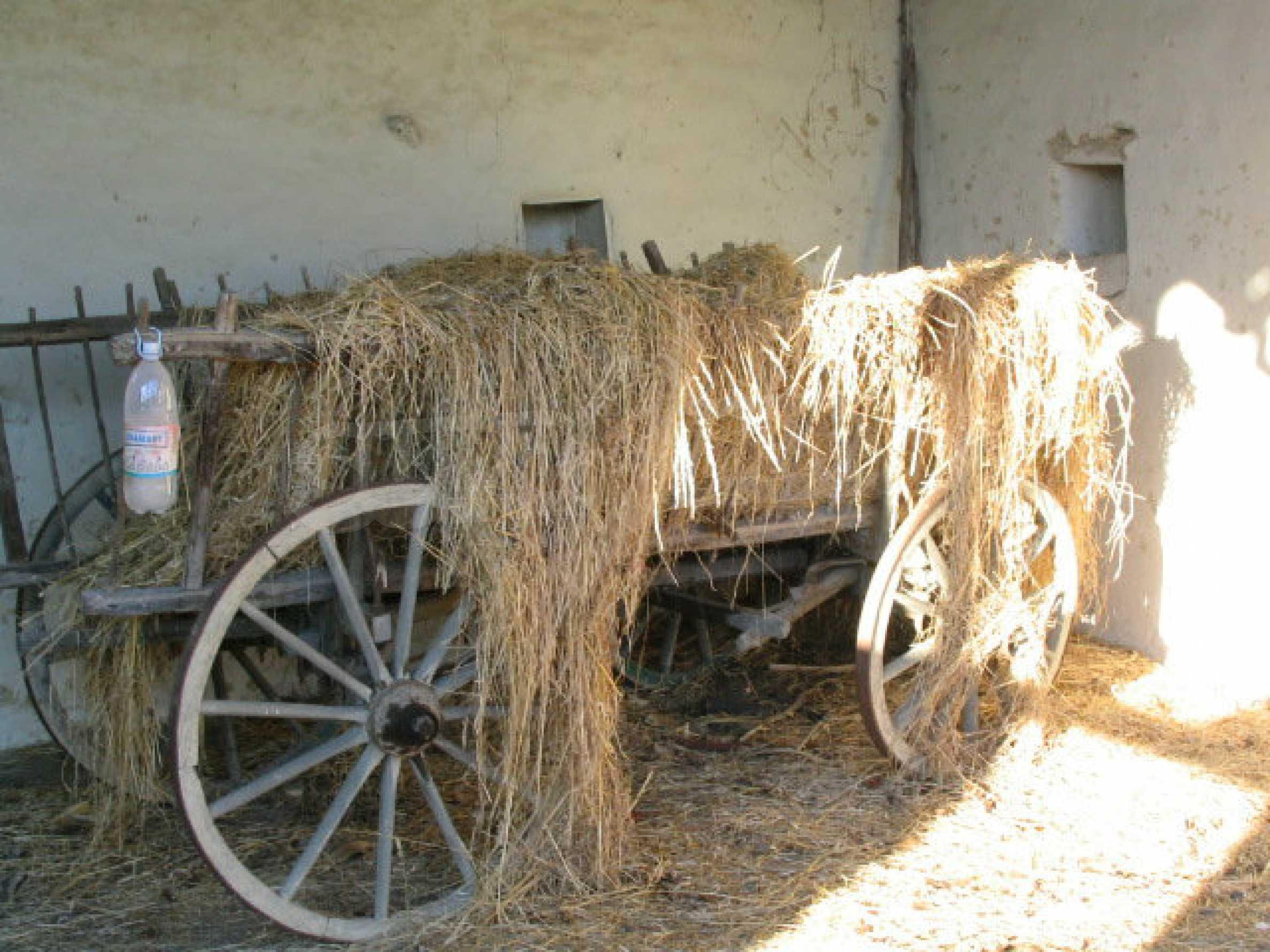 Zweistöckiges, solides Haus in einem Dorf 20 km. von Veliko Tarnovo 7