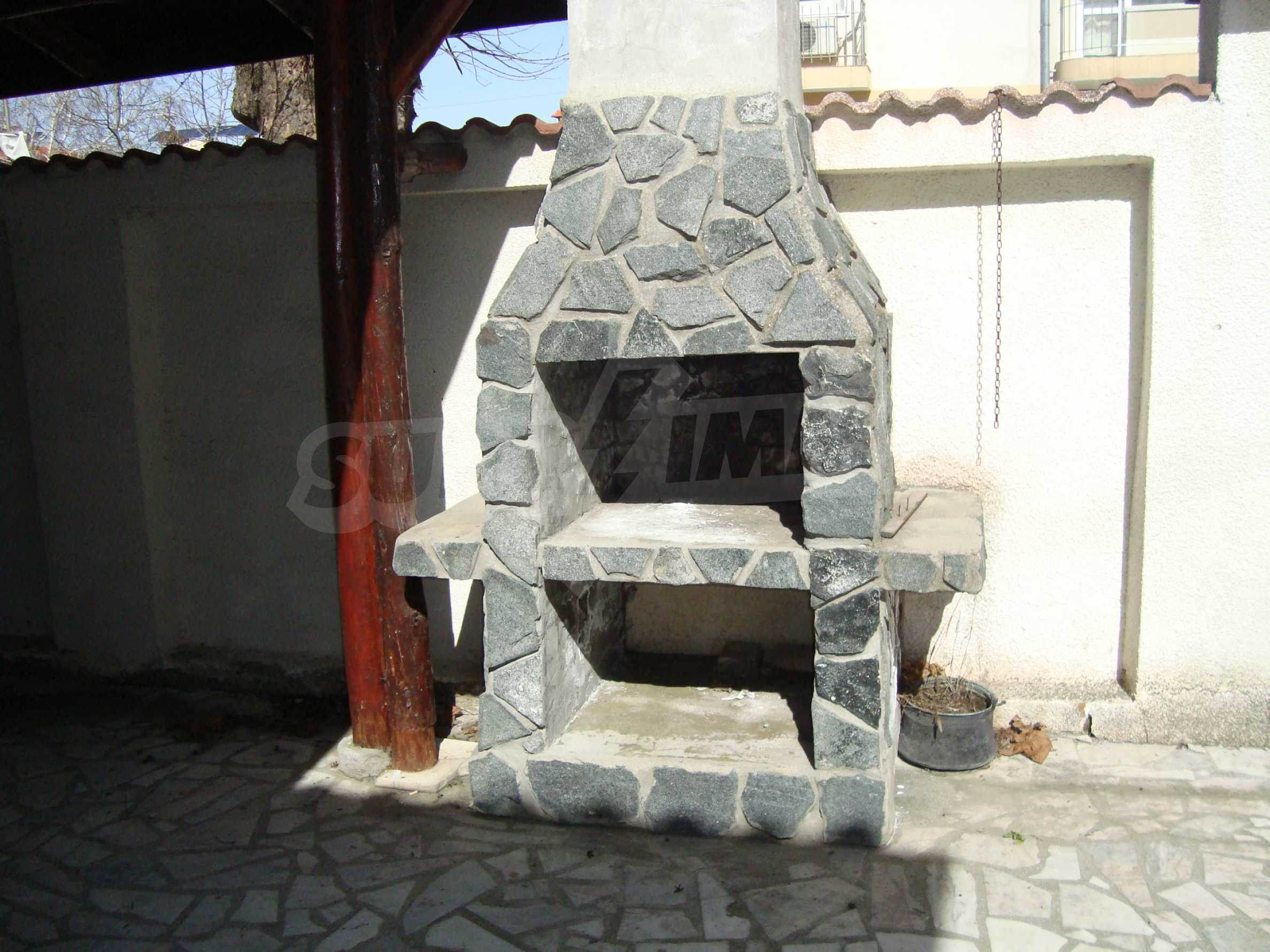 Two-storey house for sale in Lozenets 7