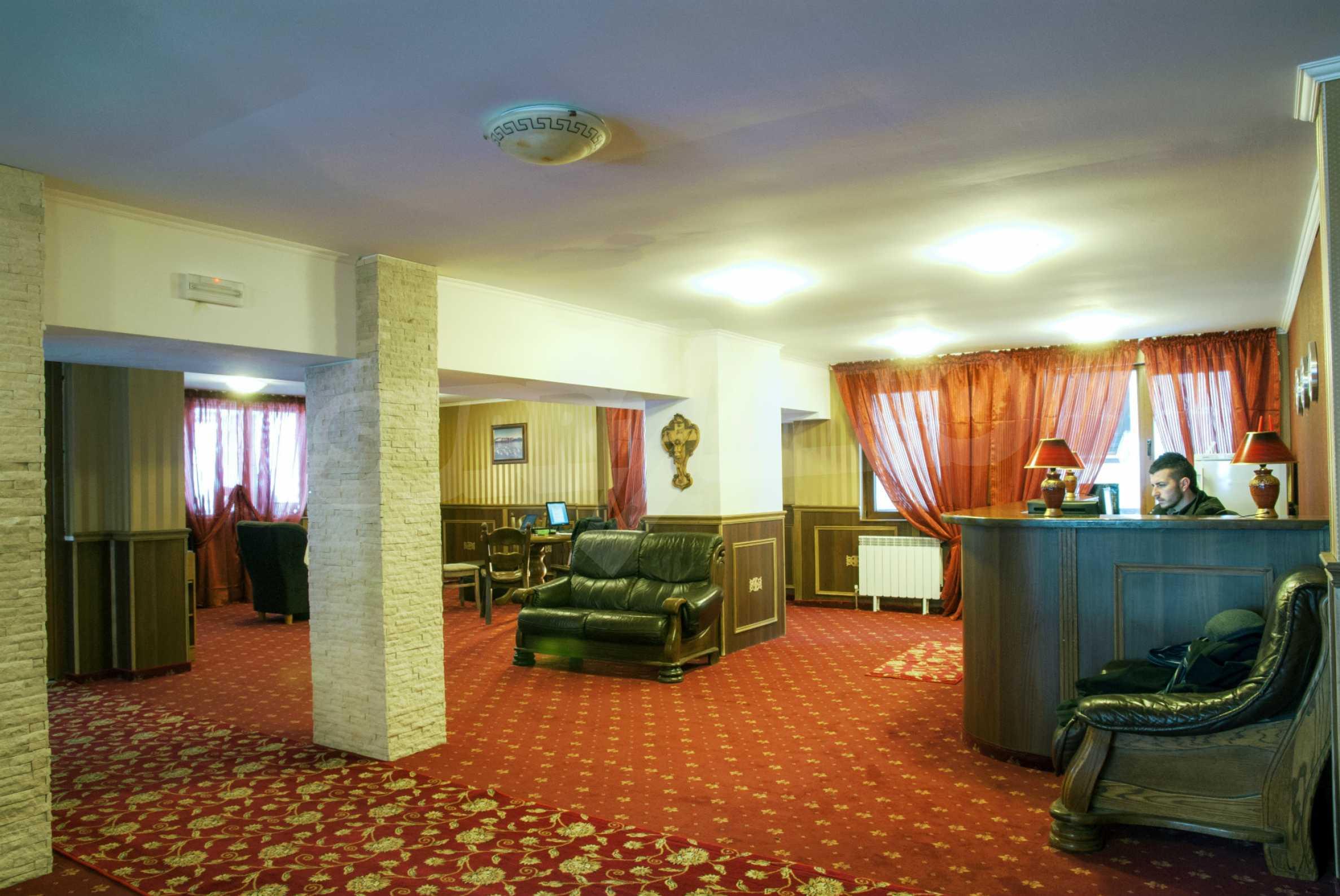 Mountain Lodge  7