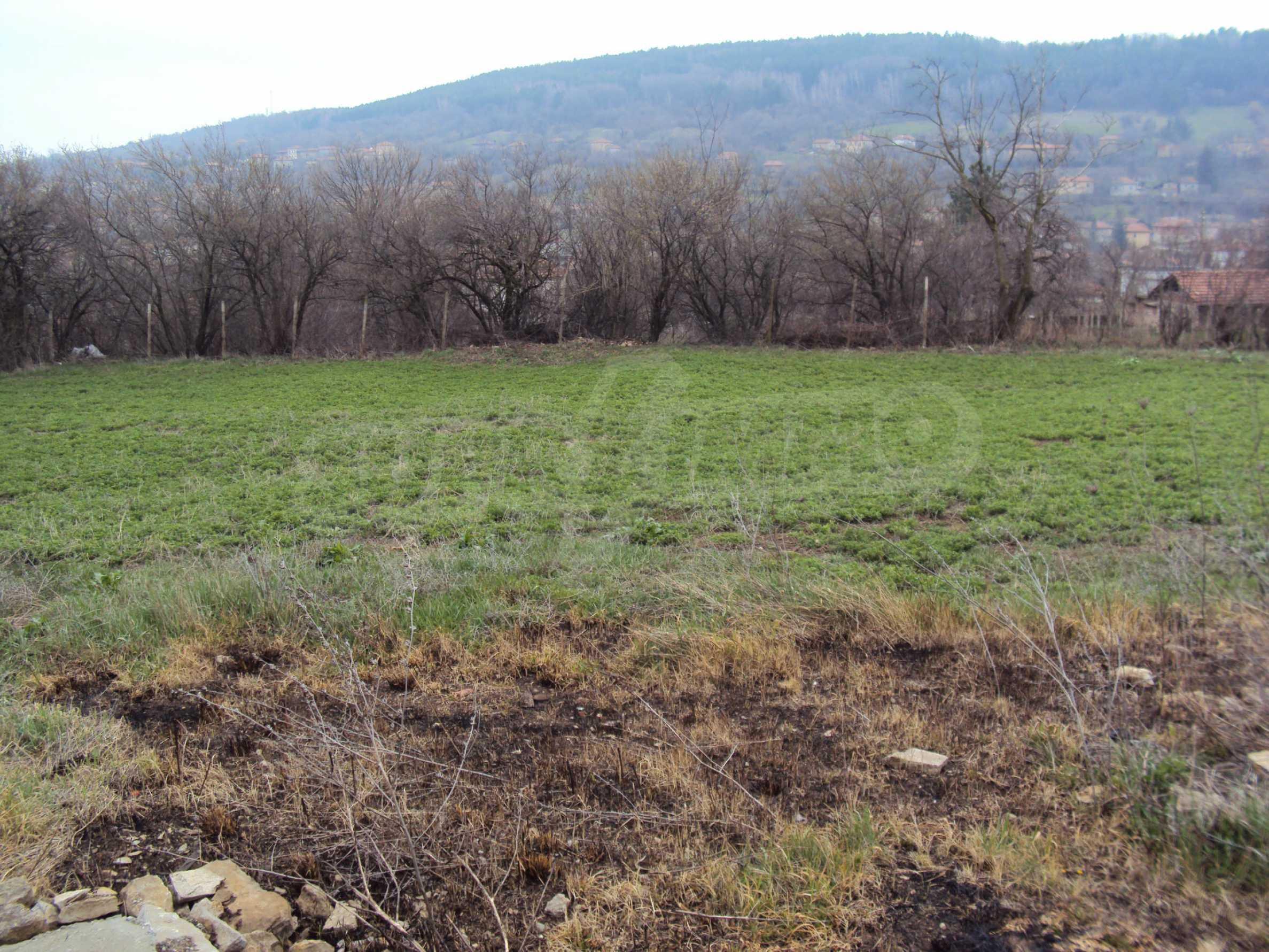 Zweigeschossiges Massivhaus 30 km von Veliko Tarnovo entfernt 12