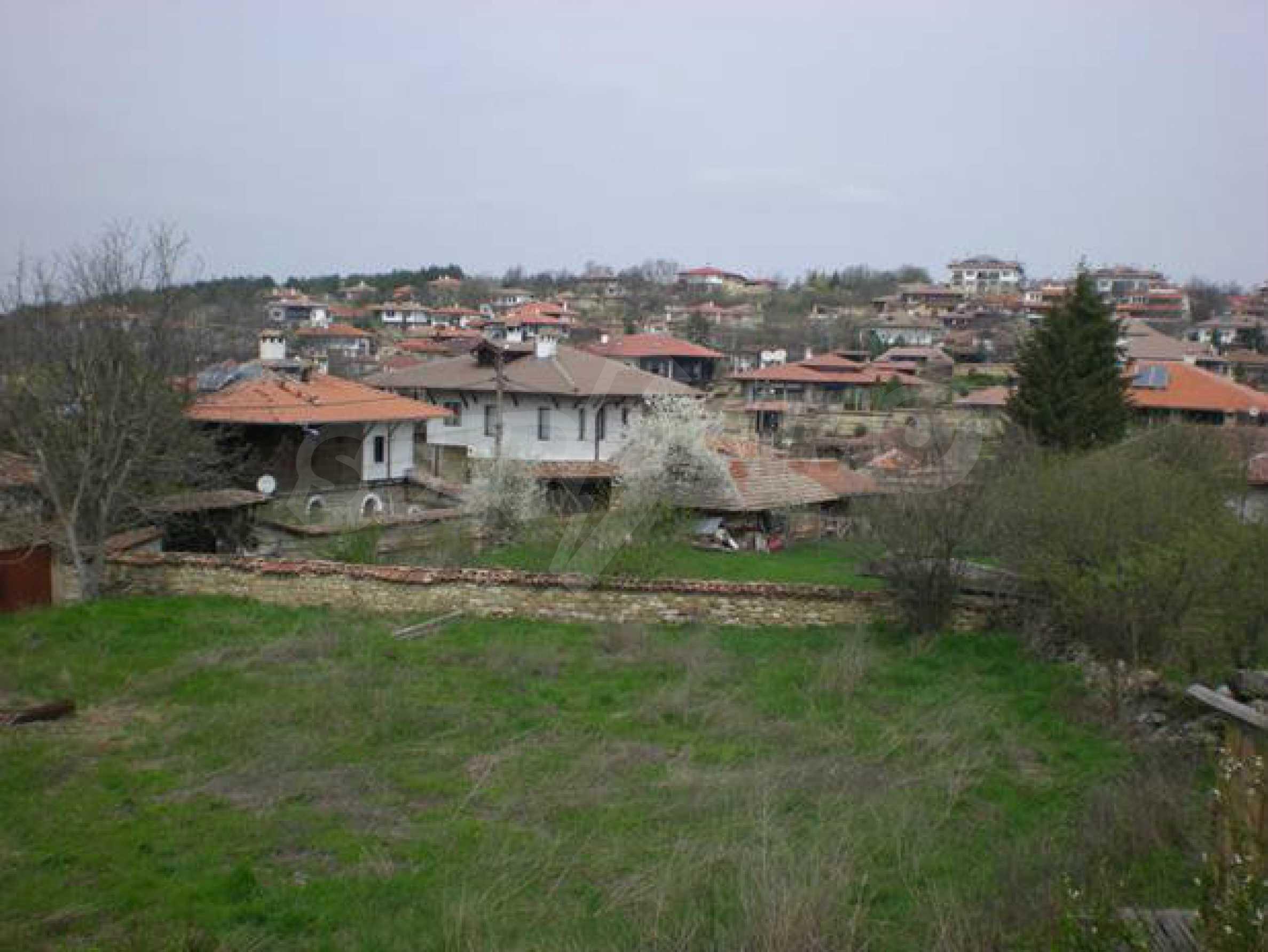 Land in the center of the prestigious village of Arbanasi