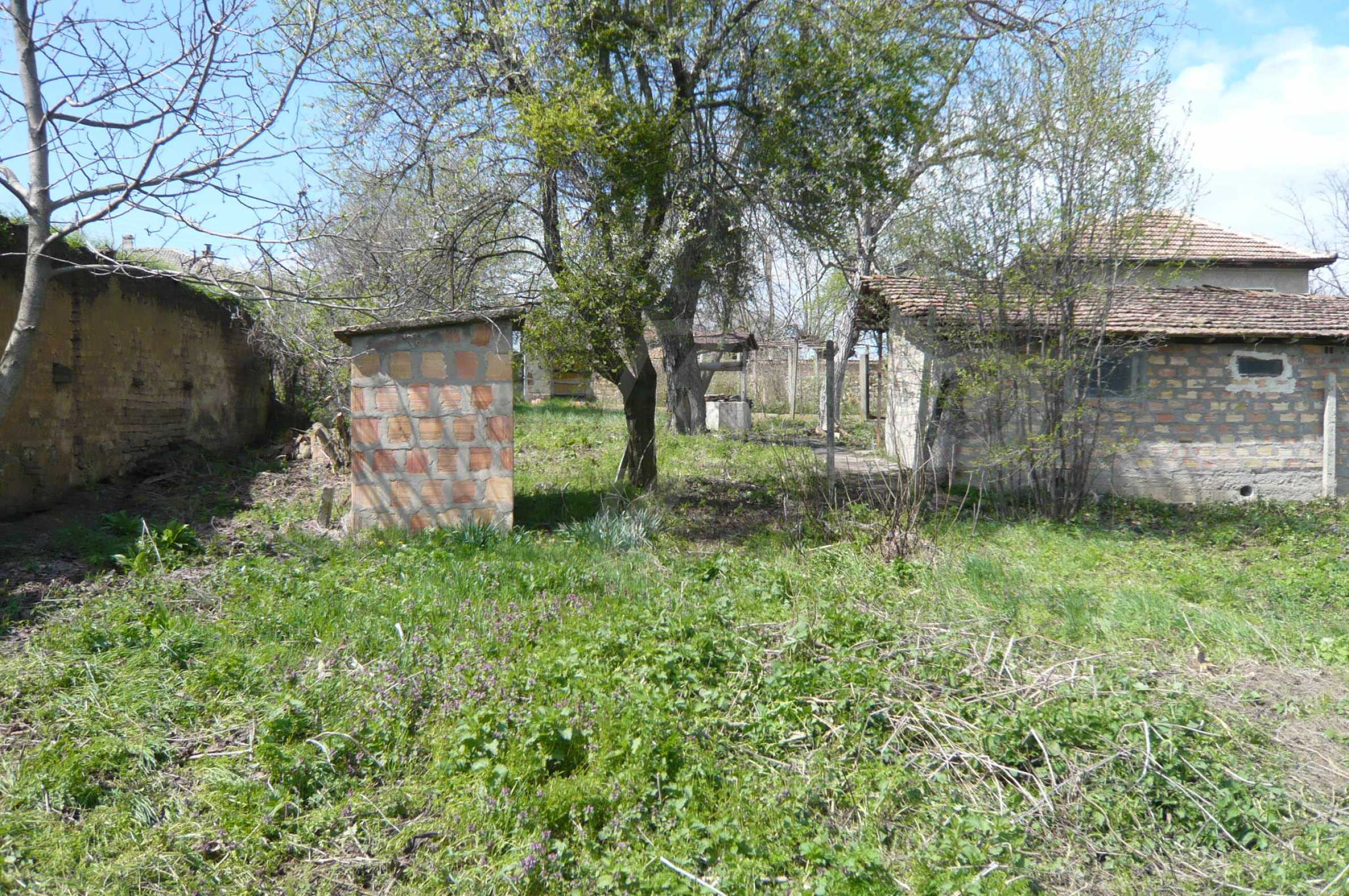 House with spacious garden in a well developed village near Veliko Tarnovo 27