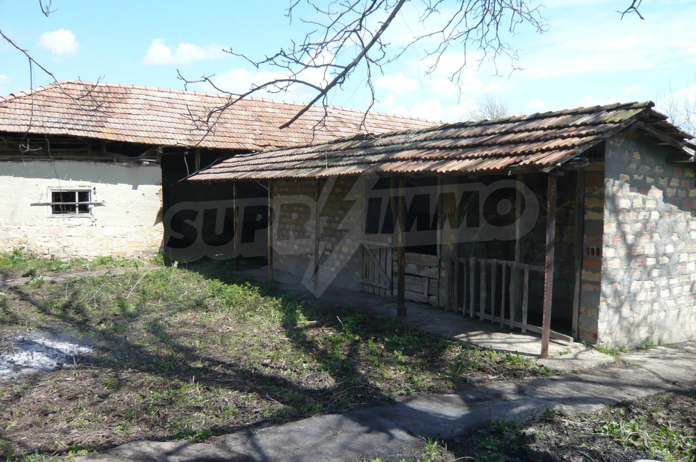 Haus mit großem Garten in einem gut entwickelten Dorf in der Nähe von Veliko Tarnovo 32