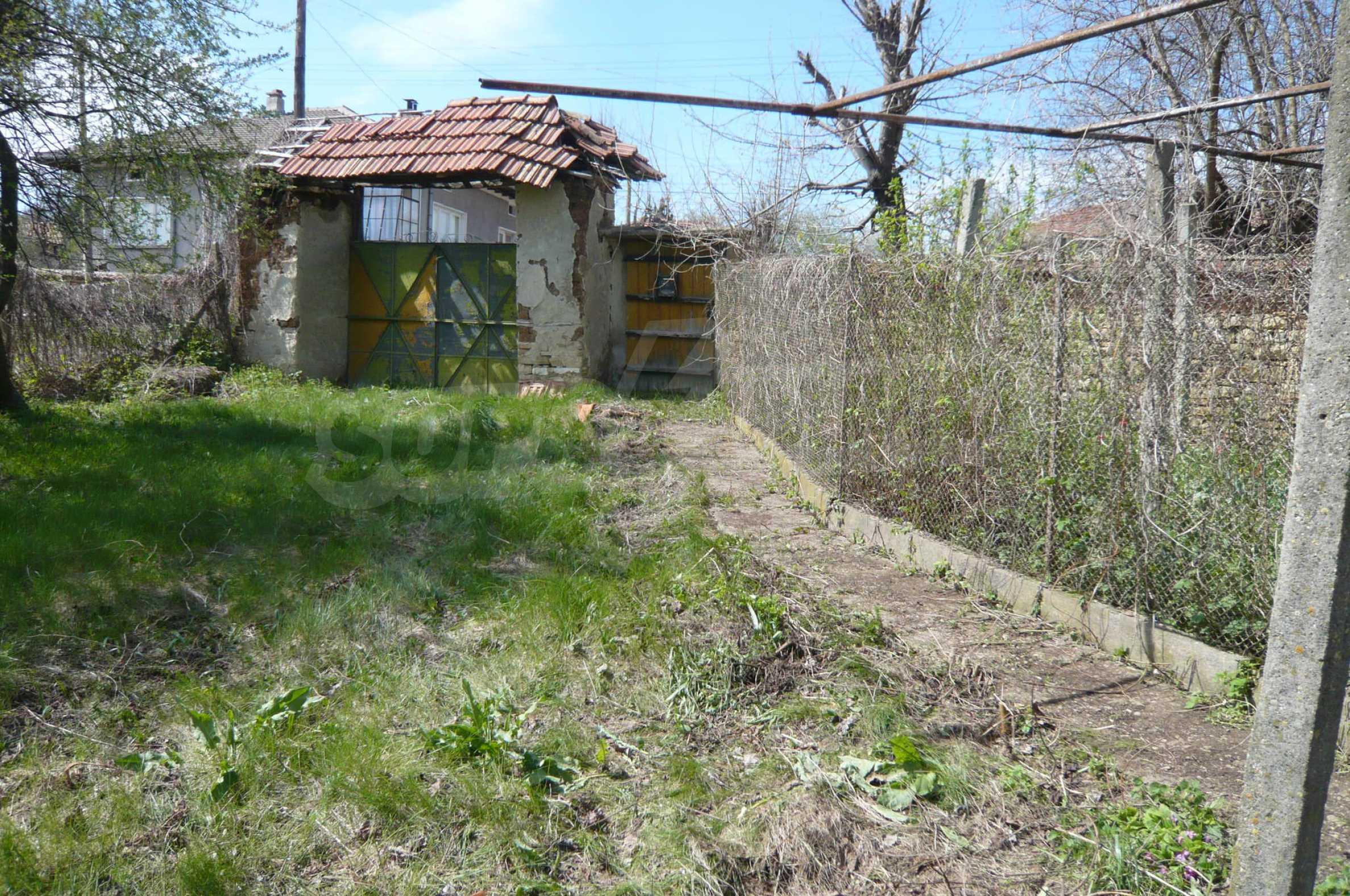 Haus mit großem Garten in einem gut entwickelten Dorf in der Nähe von Veliko Tarnovo 33