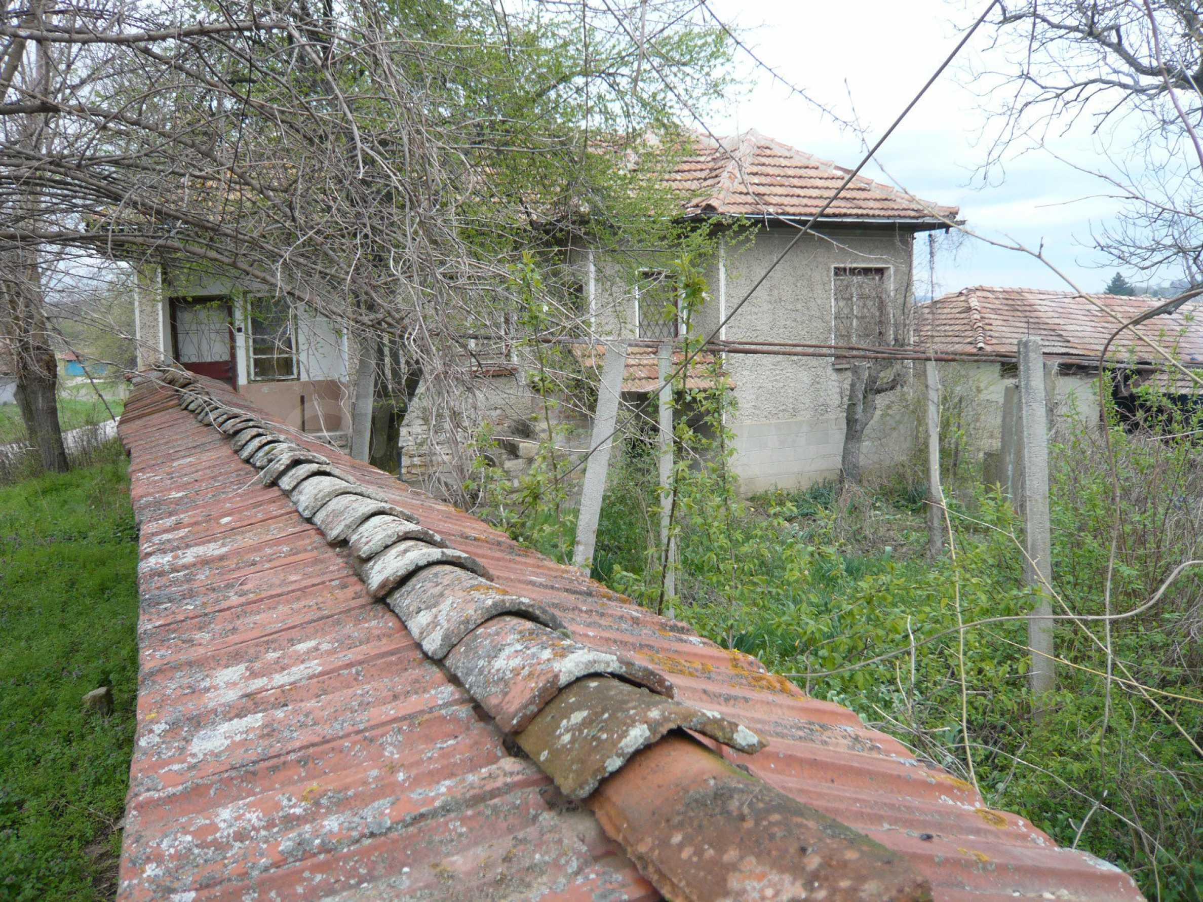 House with spacious garden in a well developed village near Veliko Tarnovo 56