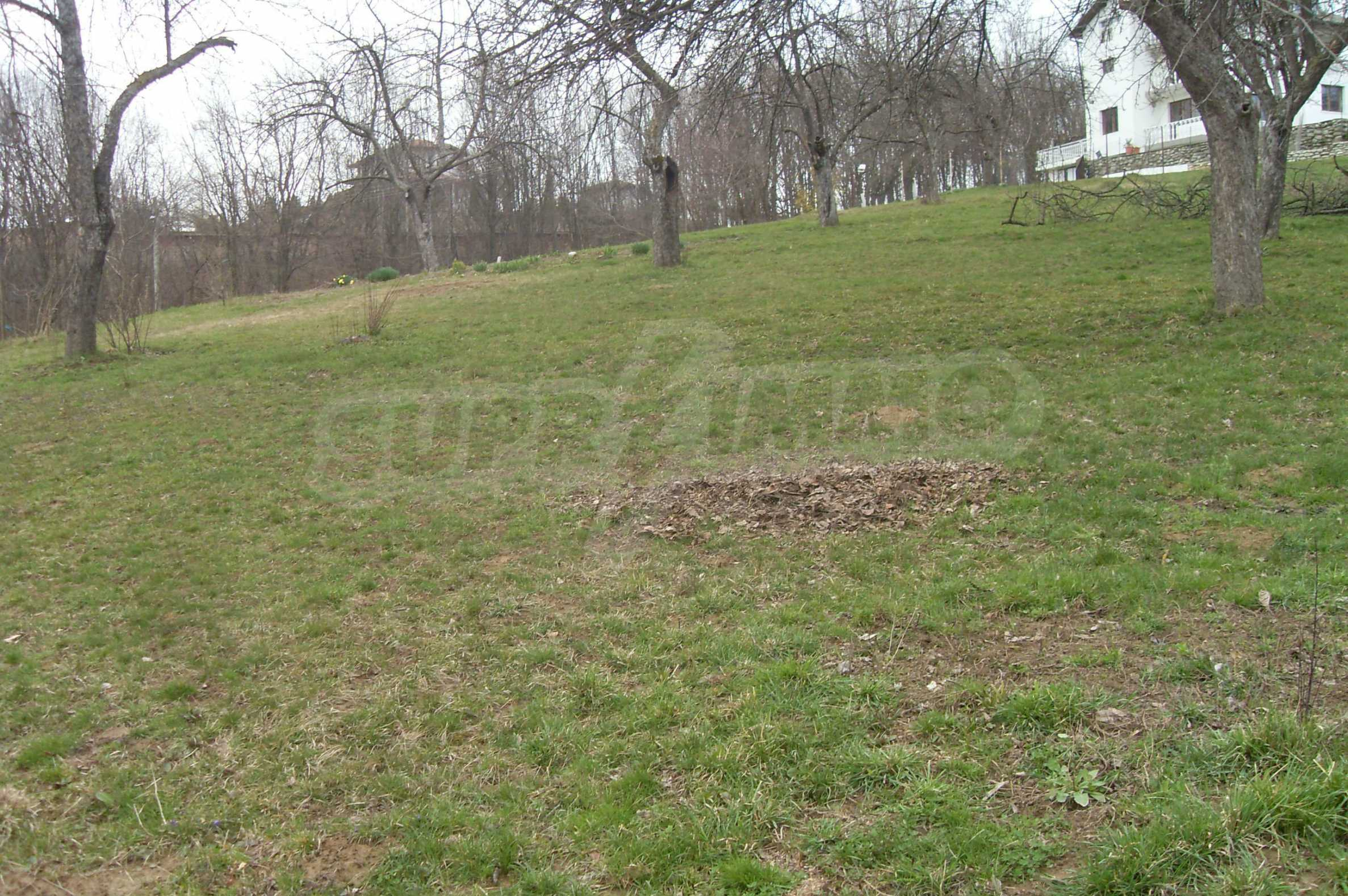 Plot with beautiful views in the heart of the mountain near Apriltzi