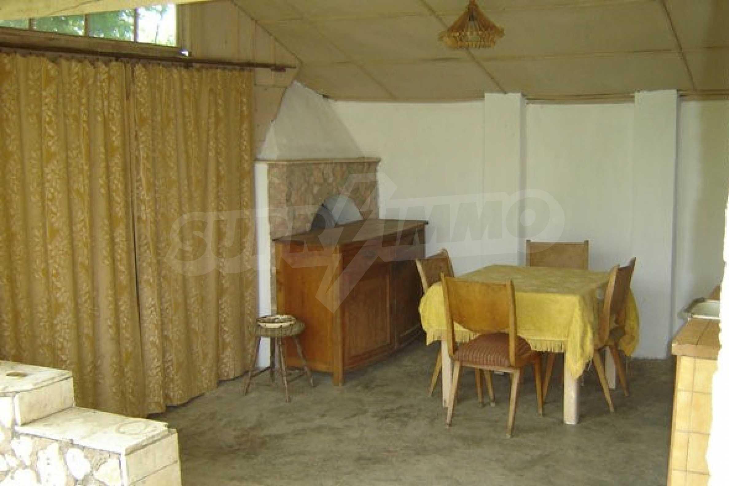 Dreistöckiges Haus 4 km von Dobritsch entfernt 15