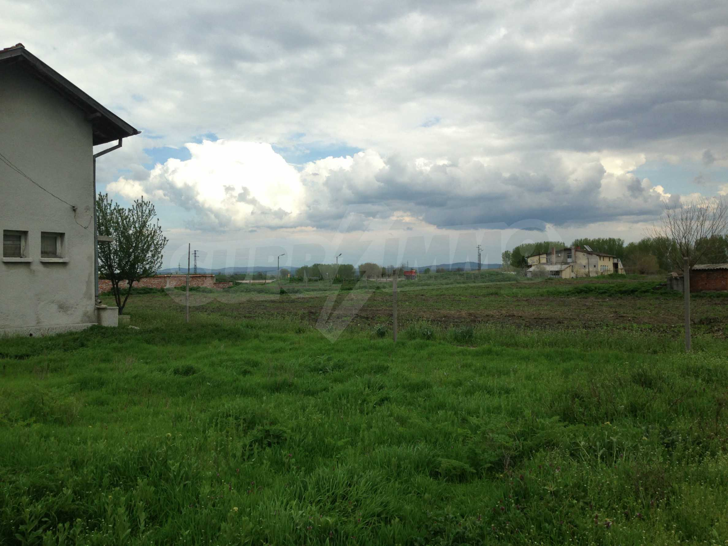 Spacious regulated plot of land at the end of Simeonovgrad