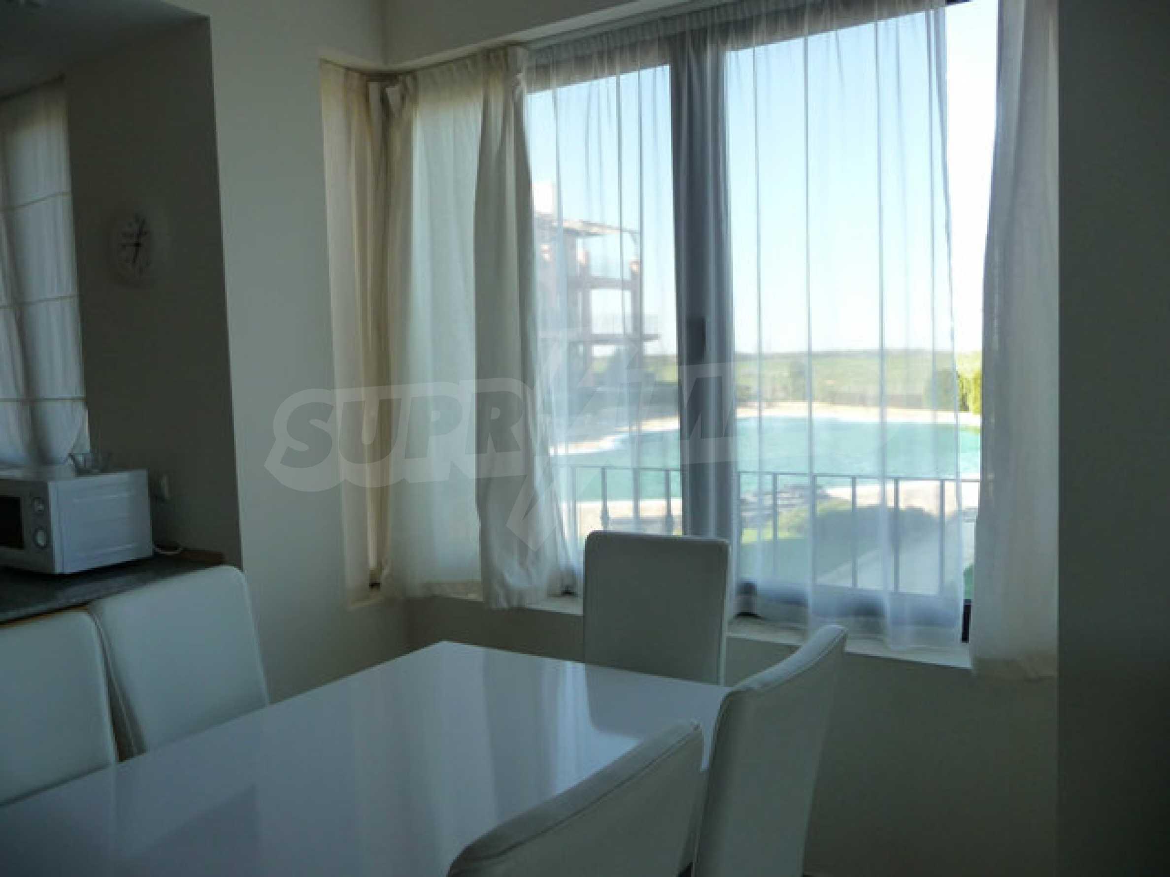Large 2-bedroom apartment in Kaliakria complex 11