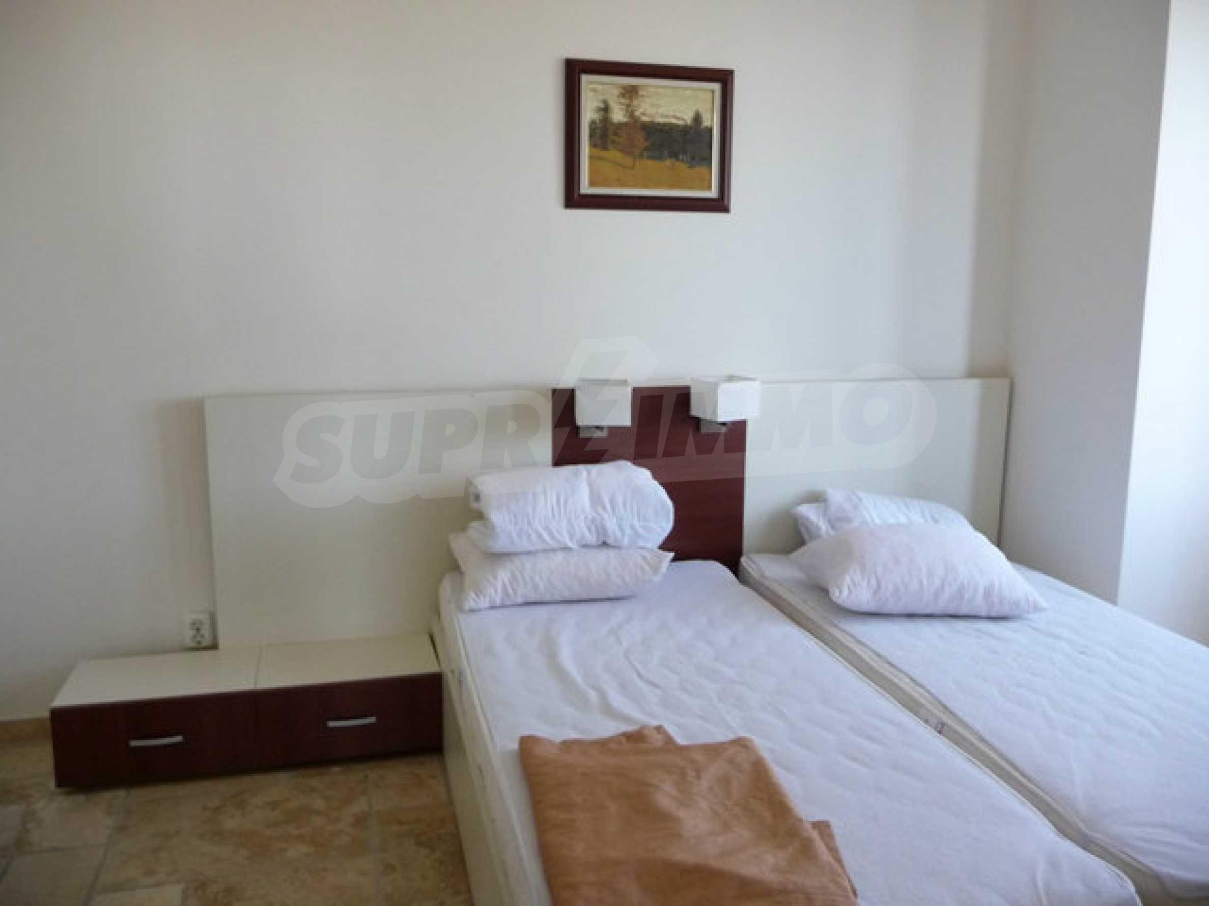 Large 2-bedroom apartment in Kaliakria complex 17