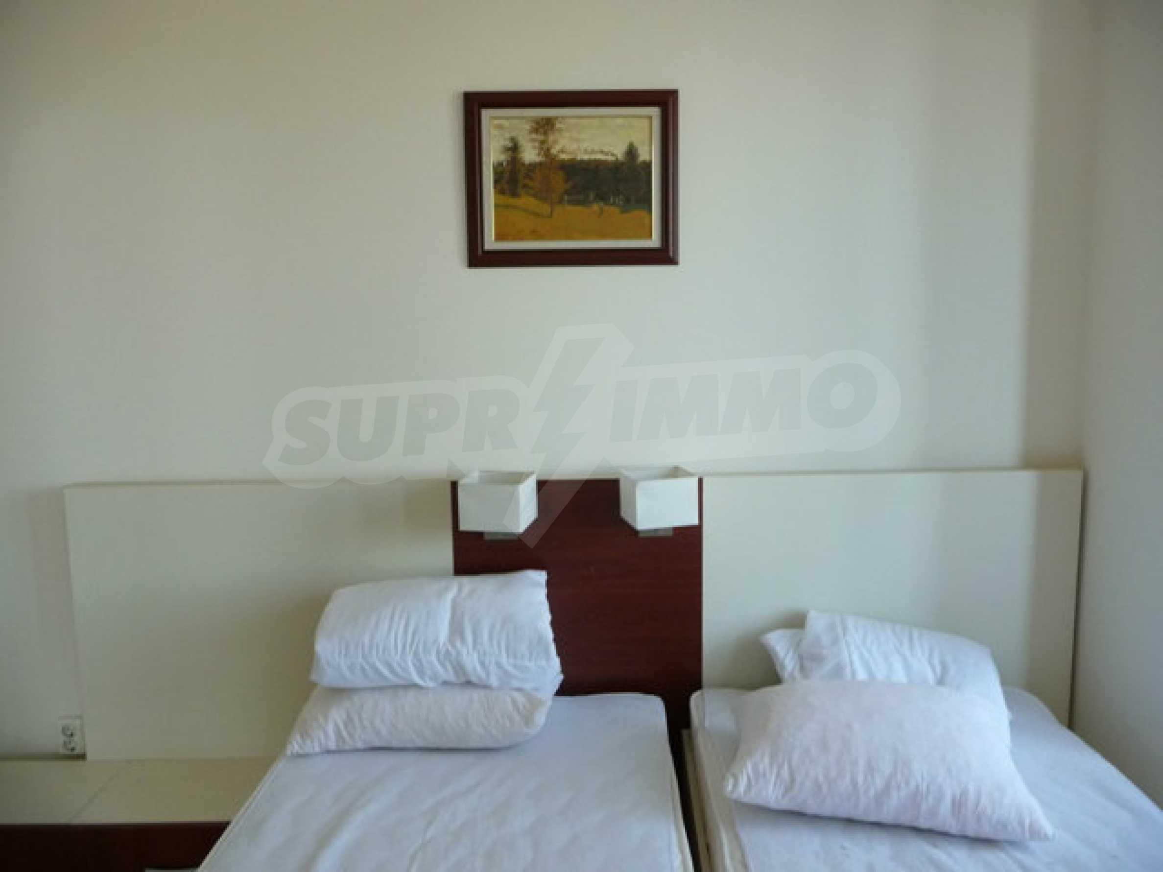 Large 2-bedroom apartment in Kaliakria complex 18