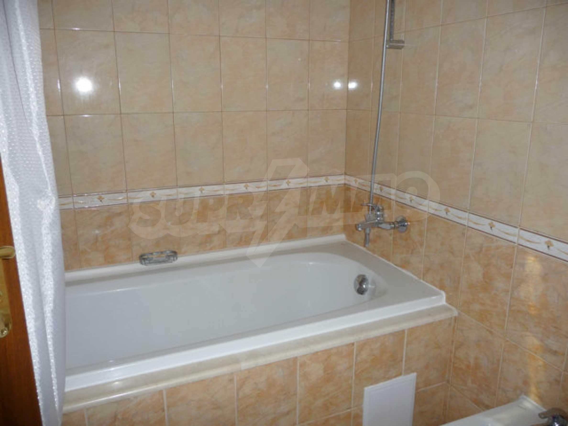 Large 2-bedroom apartment in Kaliakria complex 25