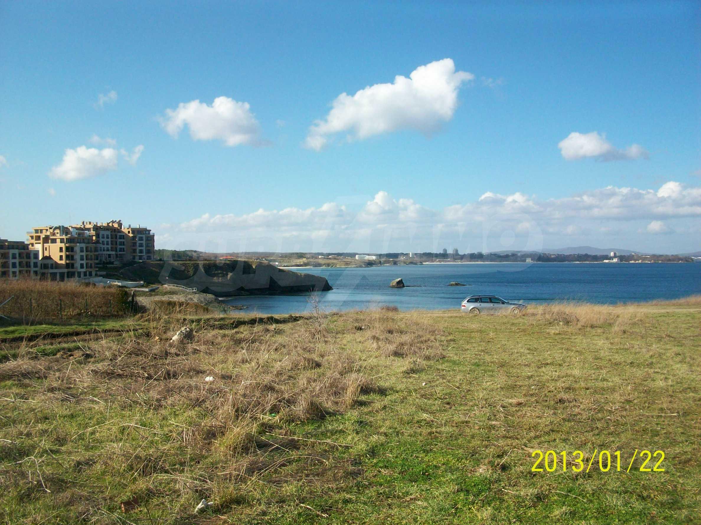 Land for sale in resort village of Lozenets 5