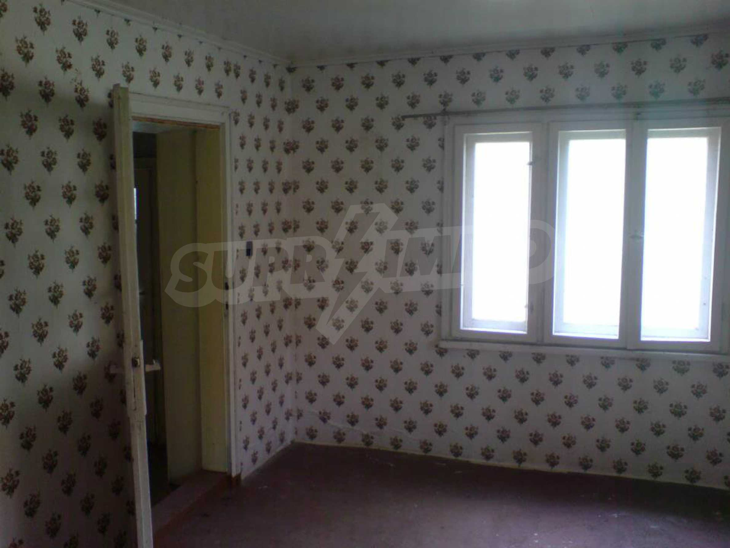 A nice house in a village between the towns of Rouse and Veliko Tarnovo 5