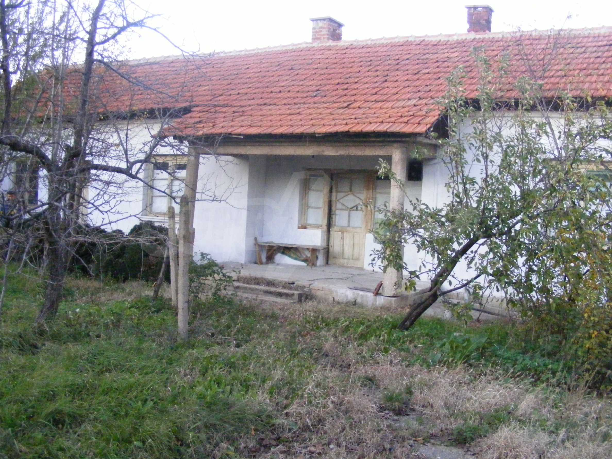 Nice detached house with garden 30 km from Montana and Lom 2