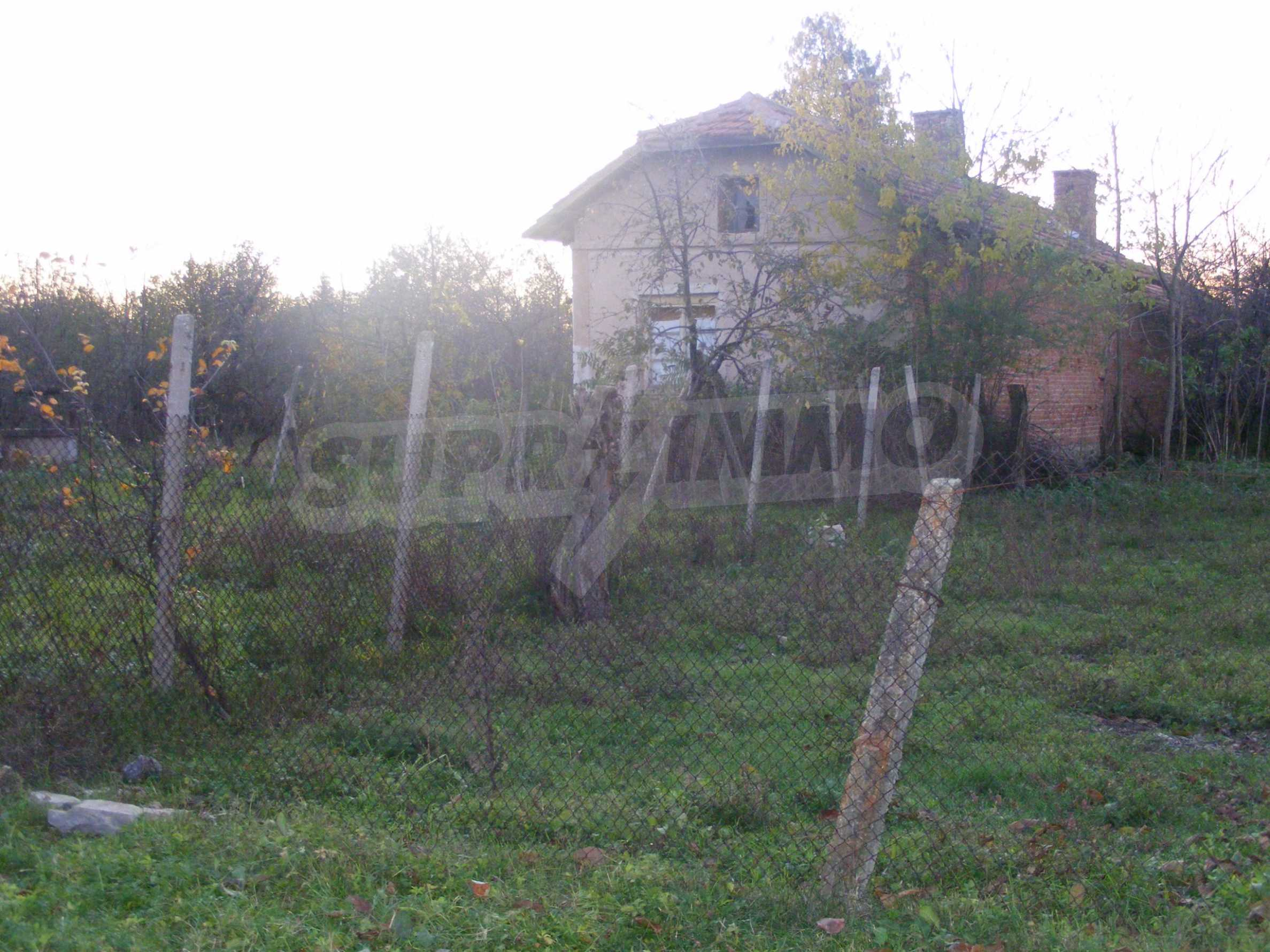 Nice detached house with garden 30 km from Montana and Lom 41