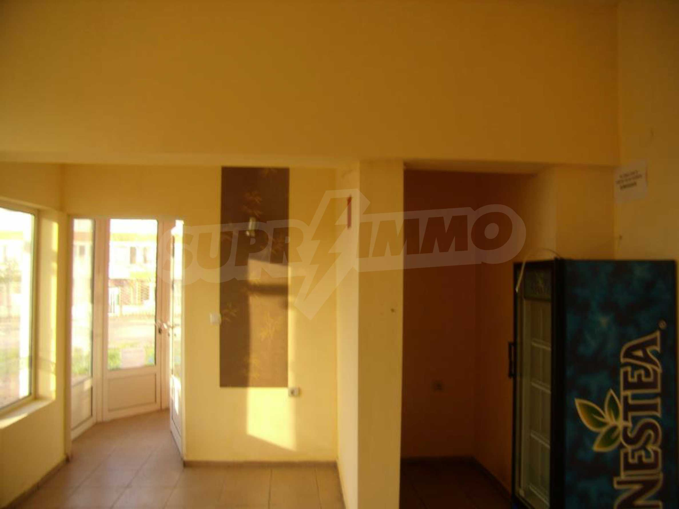 Shop for sale in a well-developed district of Lovech 2