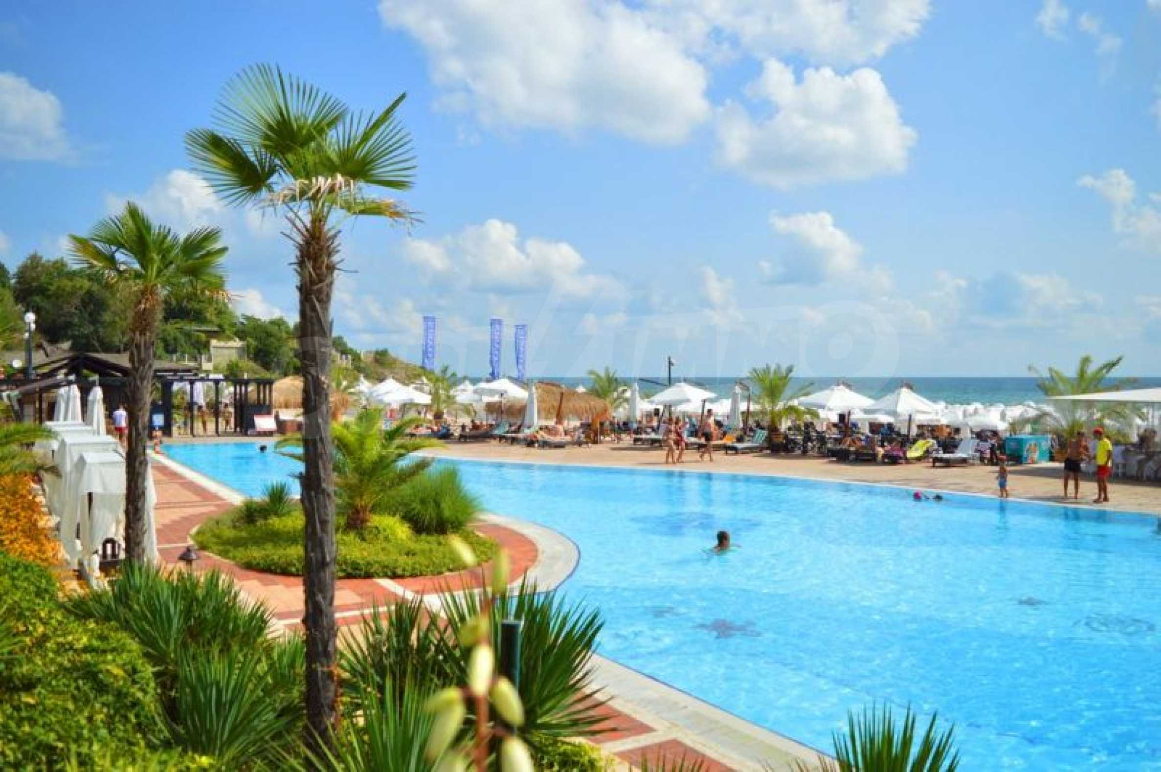 Studio for sale in an elite complex near the oasis beach 3