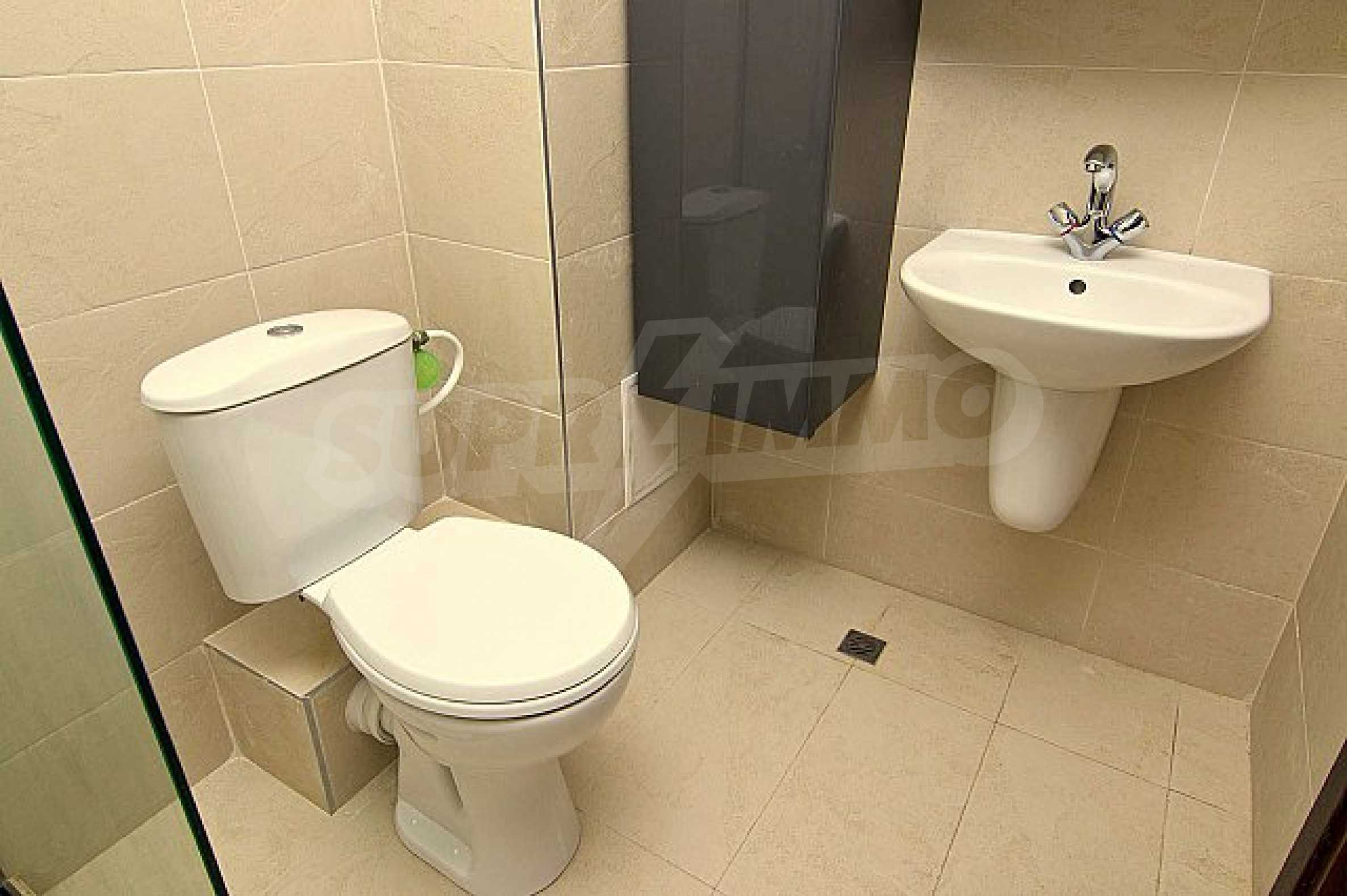 Apartment with a garage just 200 meters from the beach of St.Constantine and Helena resort  12