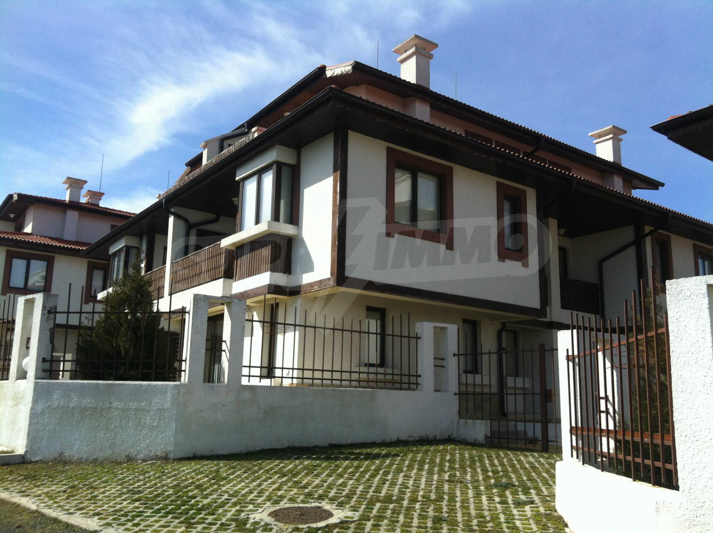 Town-house for sale  in Lozenets 3