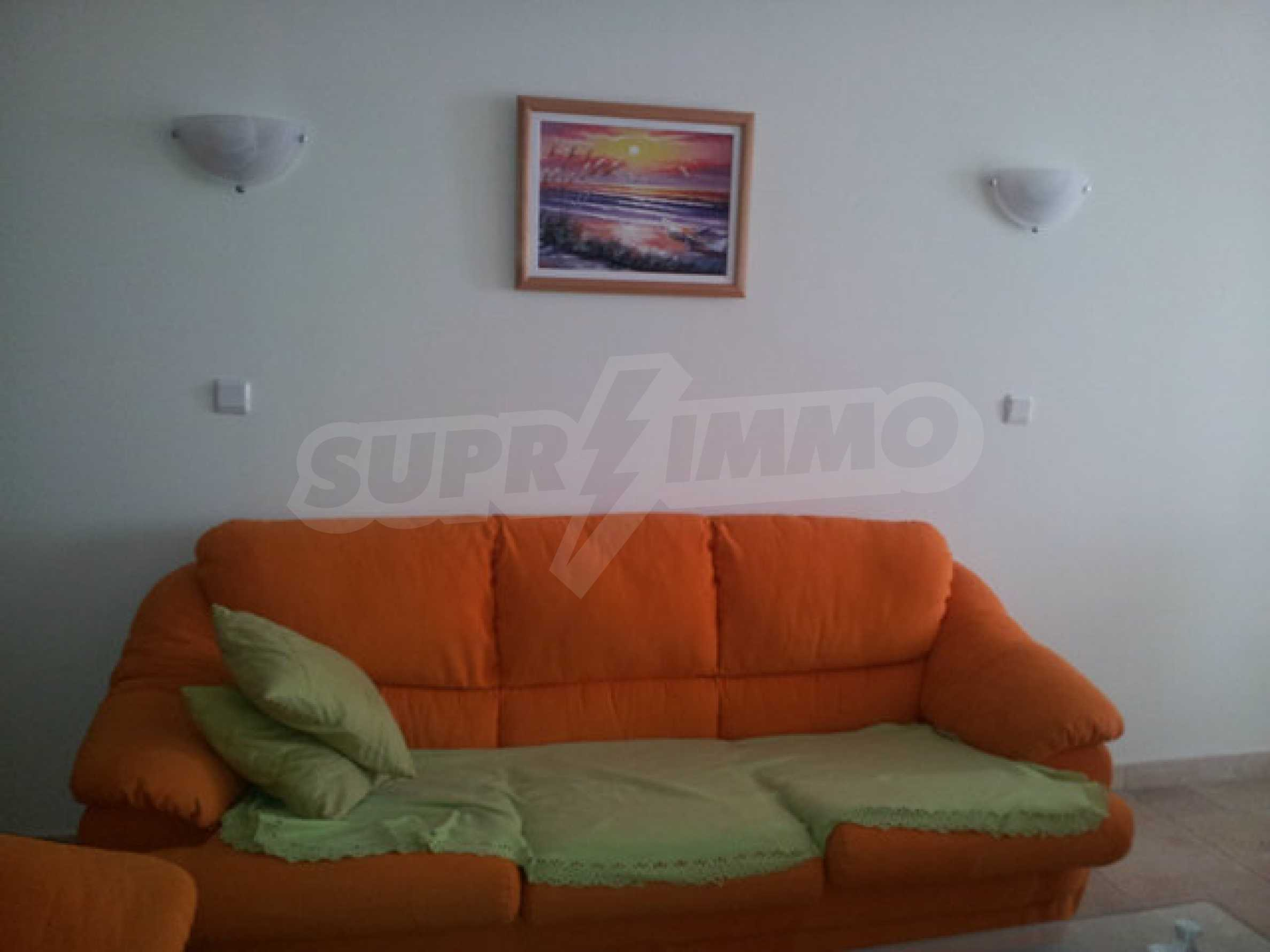 Large 2-bedroom apartment in Kaliakria complex 8