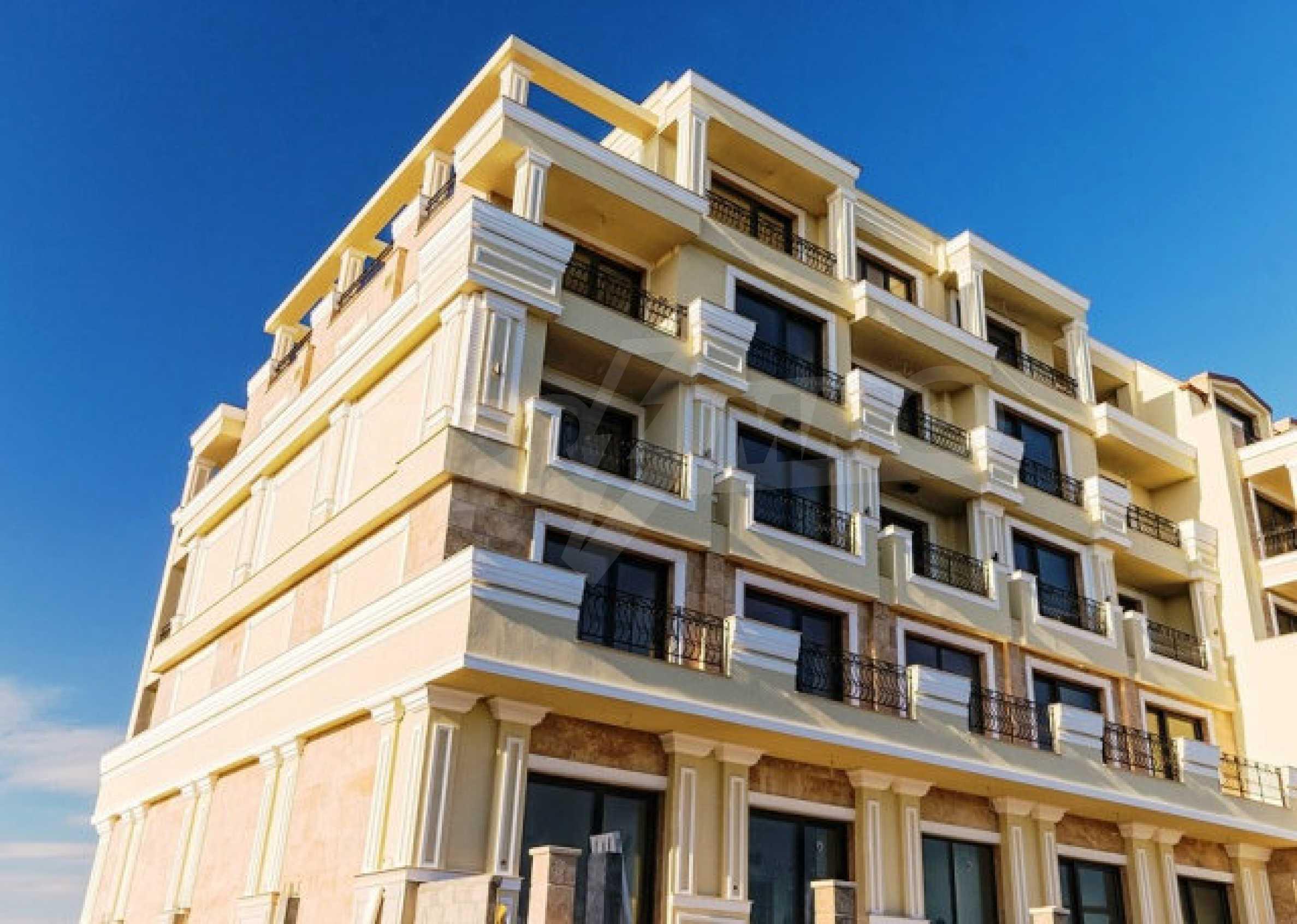 Gardenia Palace 64