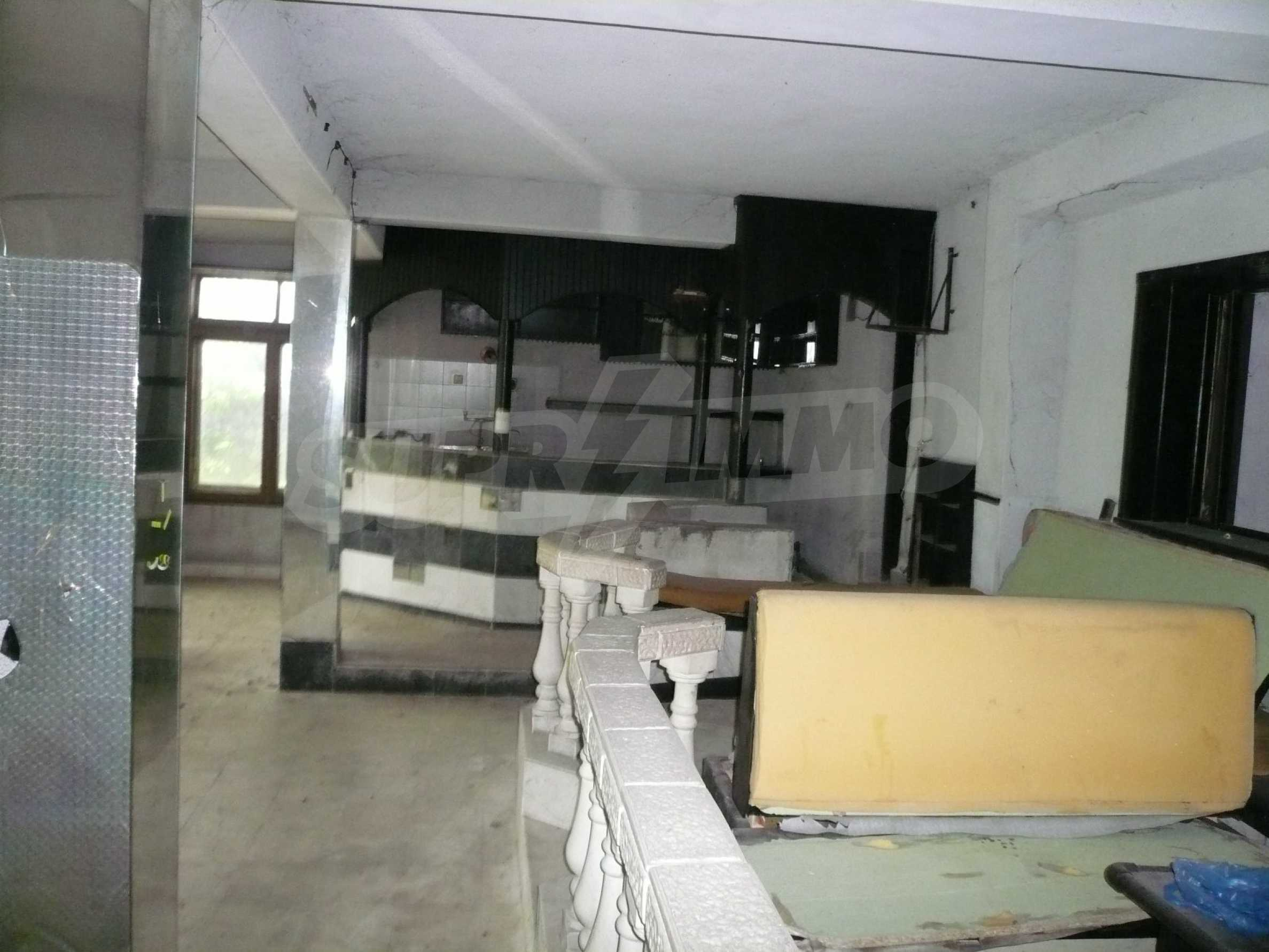 Bar-restaurant and upgrade for small hotel in Dimovo 5