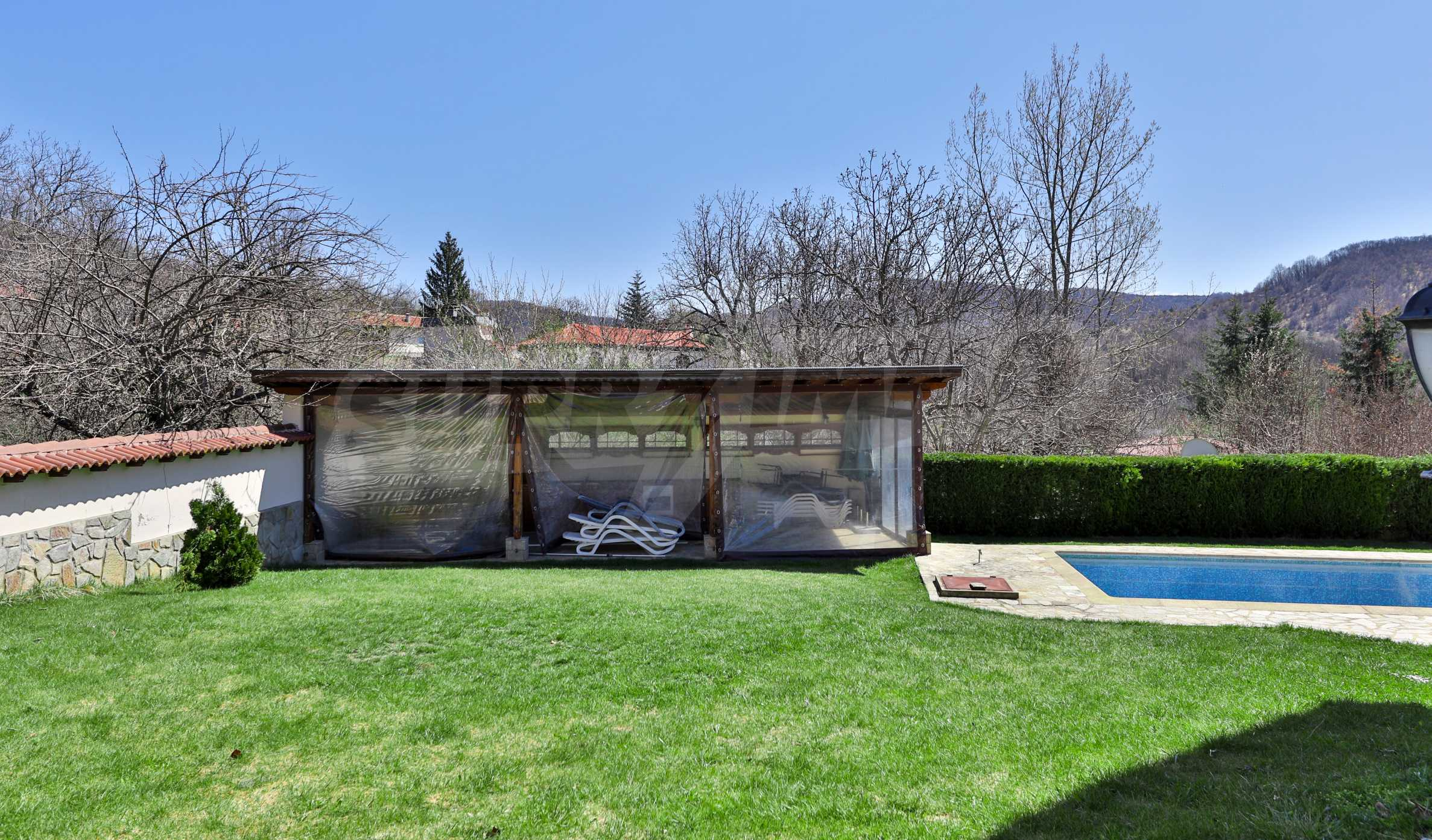 Two houses with swimming pool located close to a lake 45