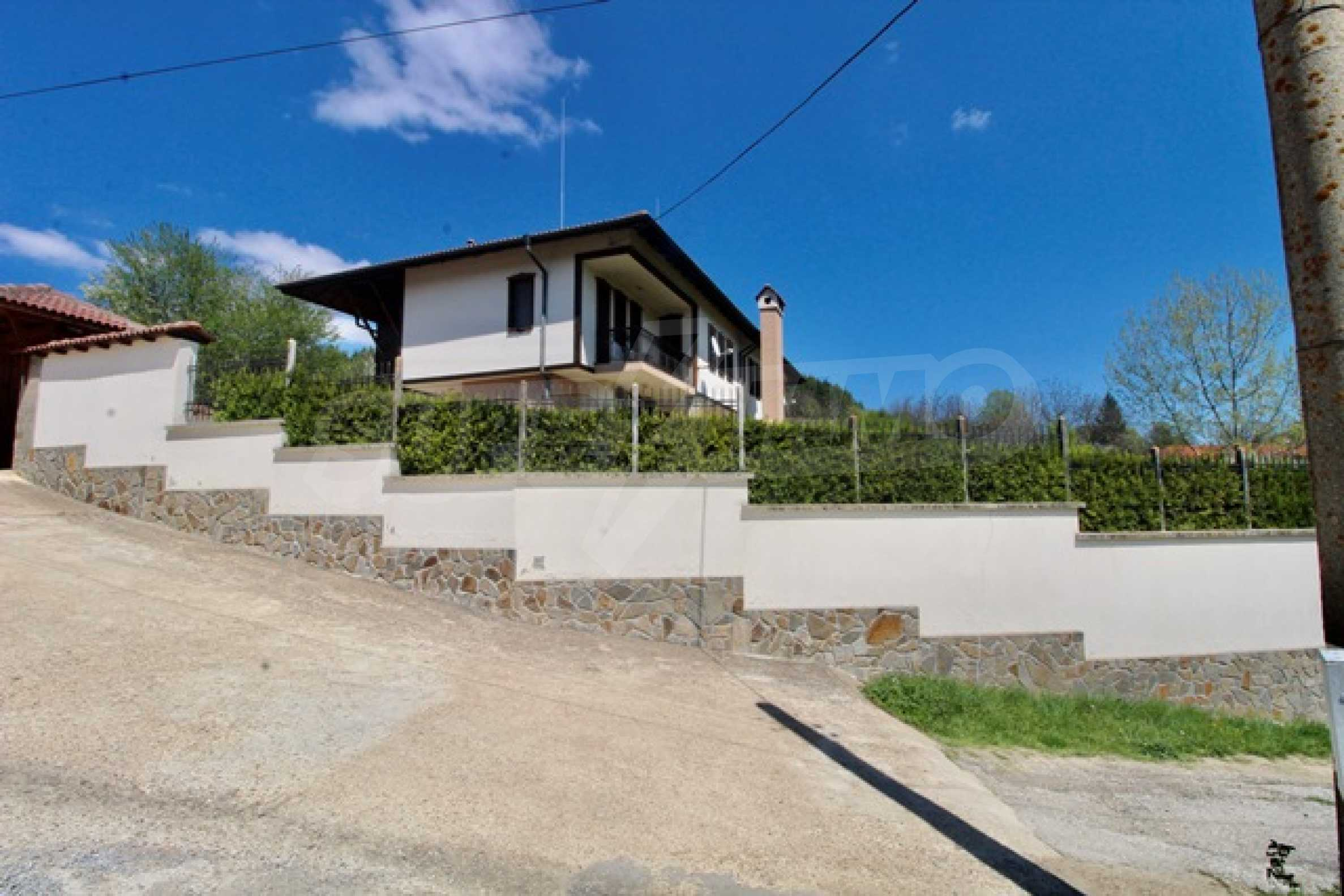 Two houses with swimming pool located close to a lake 65
