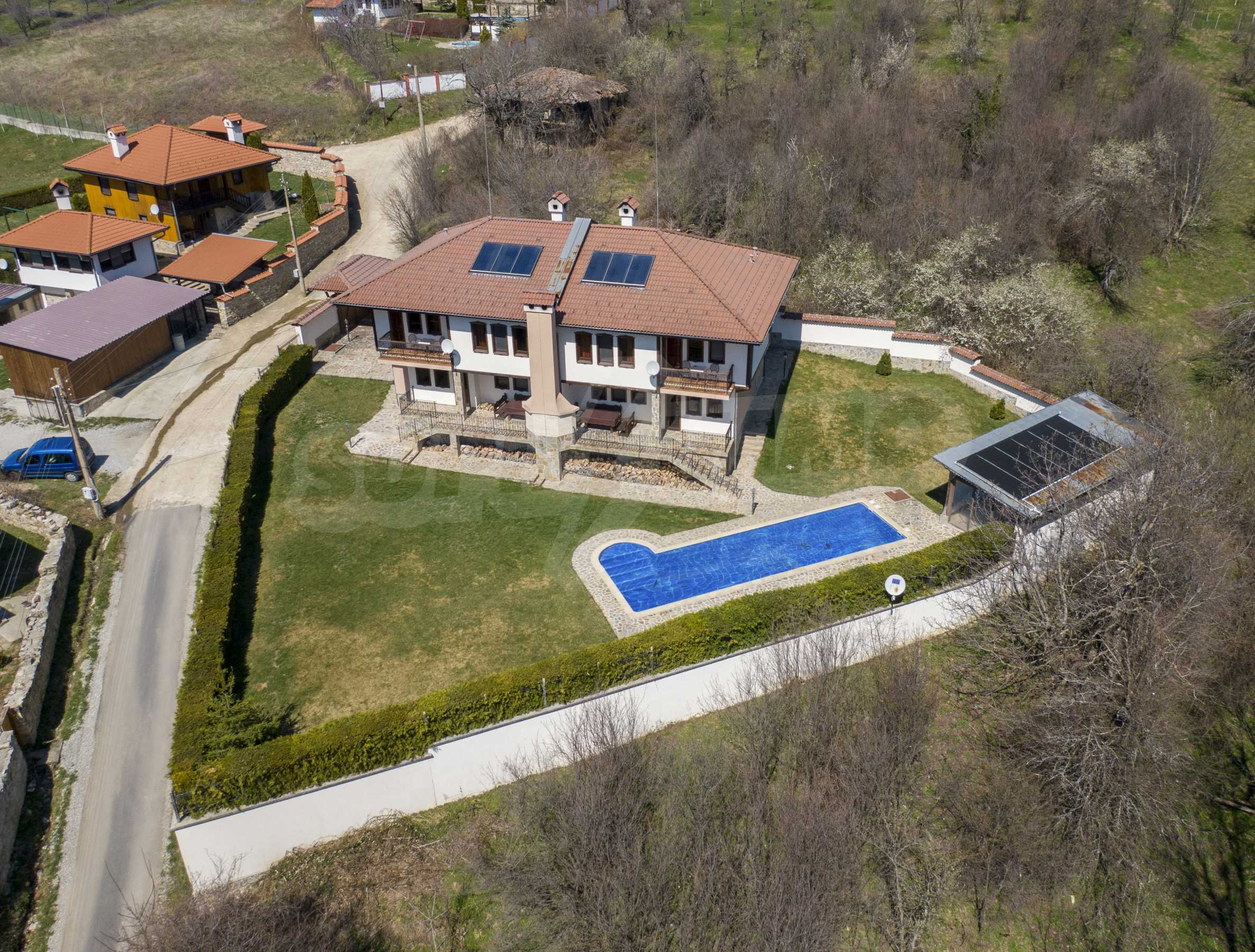 Two houses with swimming pool located close to a lake 8