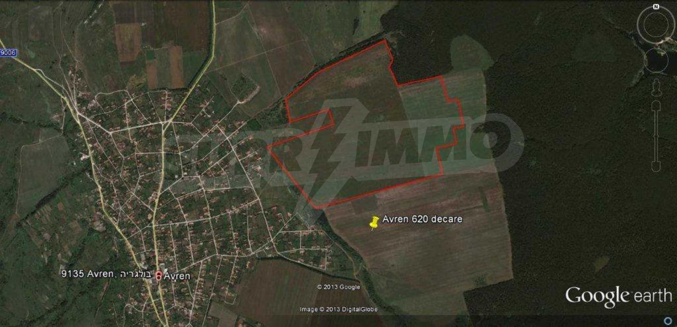 Large plot of land for sale in Avren