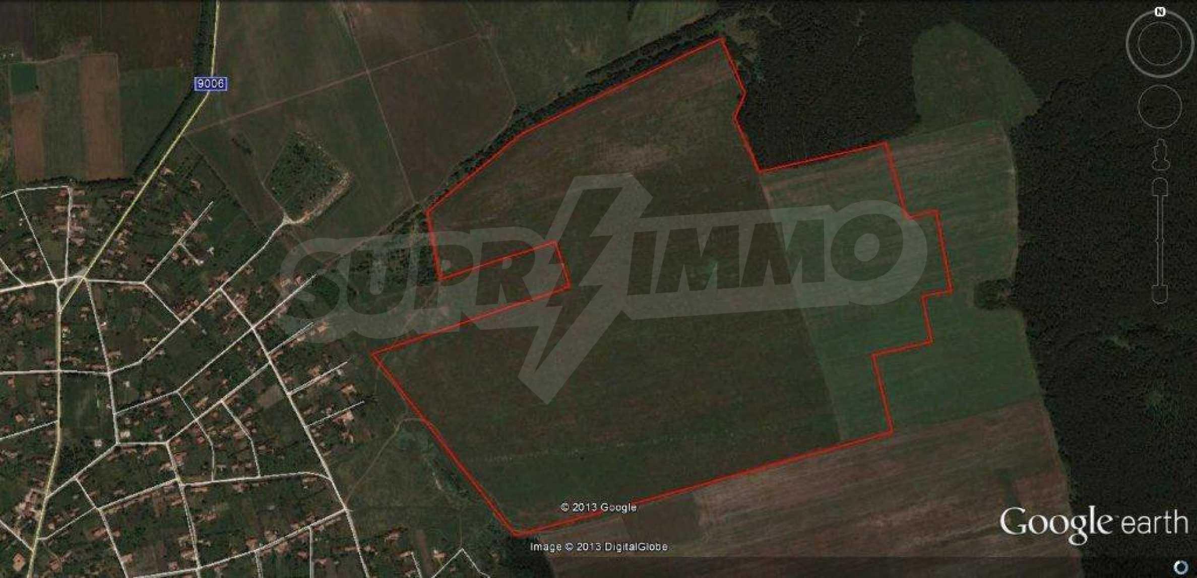 Large plot of land for sale in Avren 3