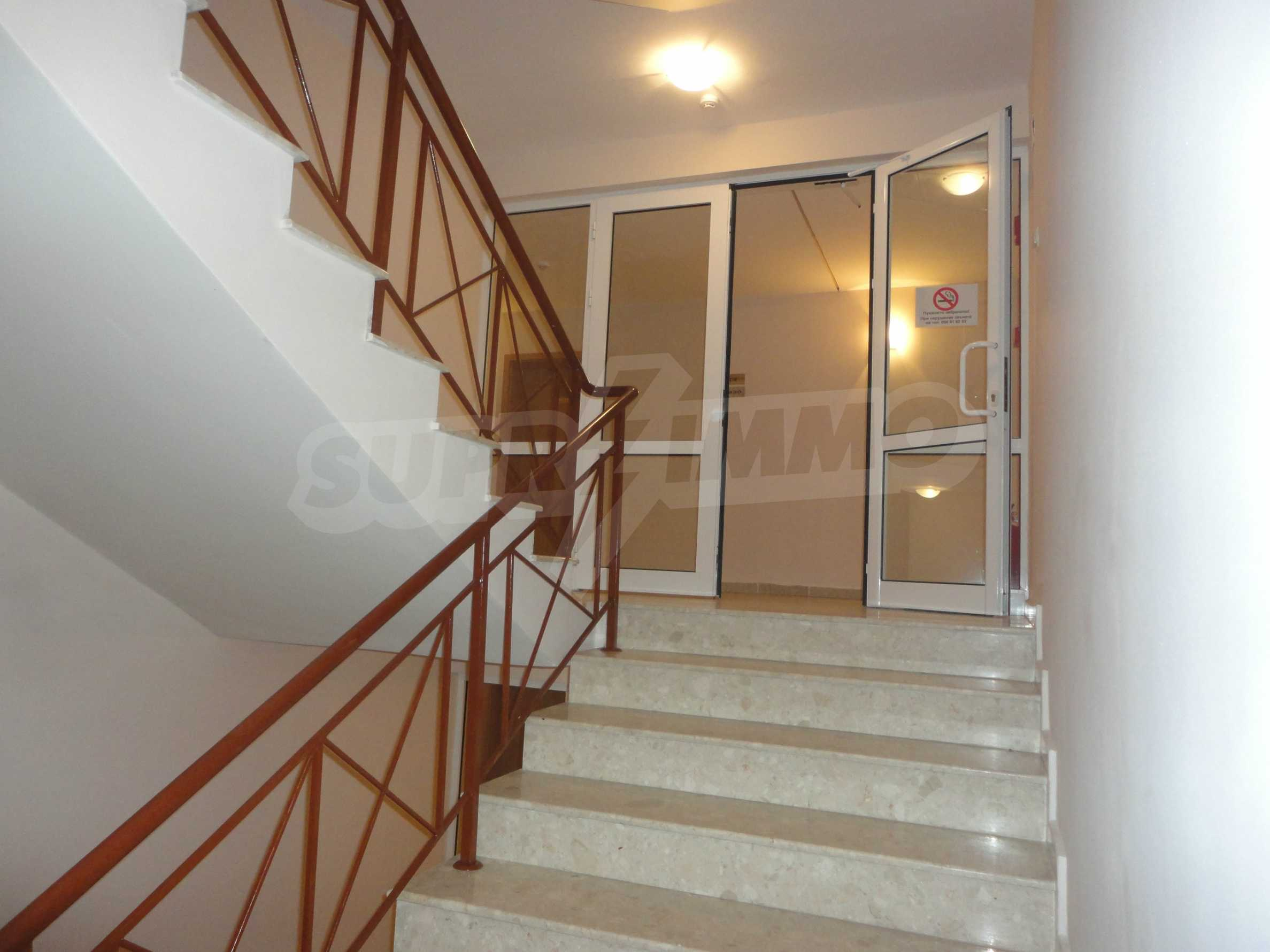 One-bedroom apartment in Golden Dreams complex in Sunny beach 11