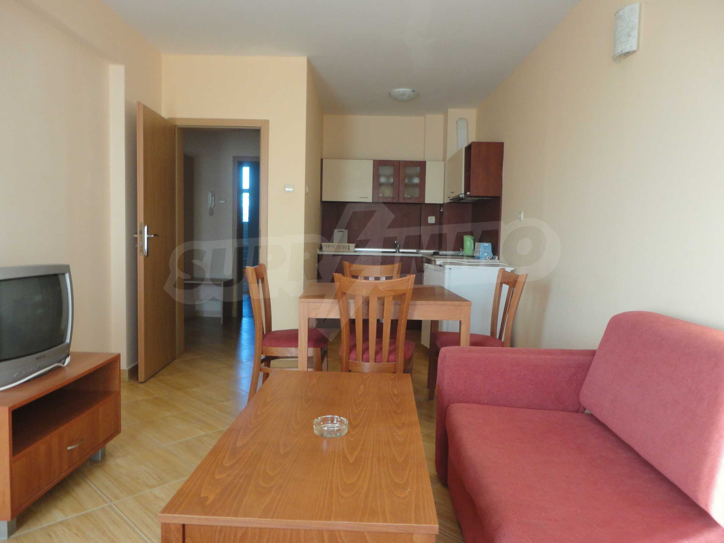 One-bedroom apartment in Golden Dreams complex in Sunny beach 3