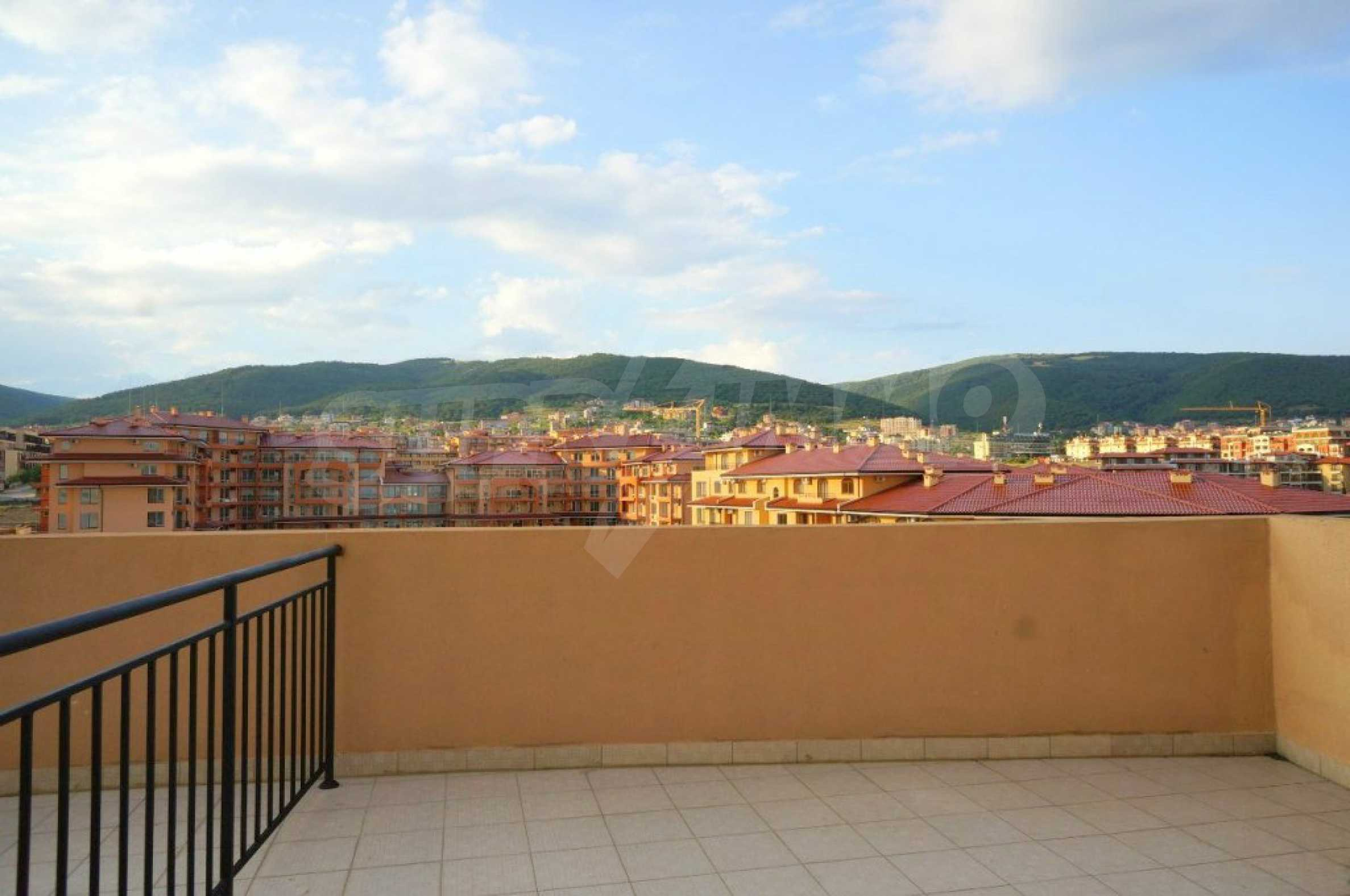 One-bedroom apartment in Chateau Sea Wind complex in Sveti Vlas