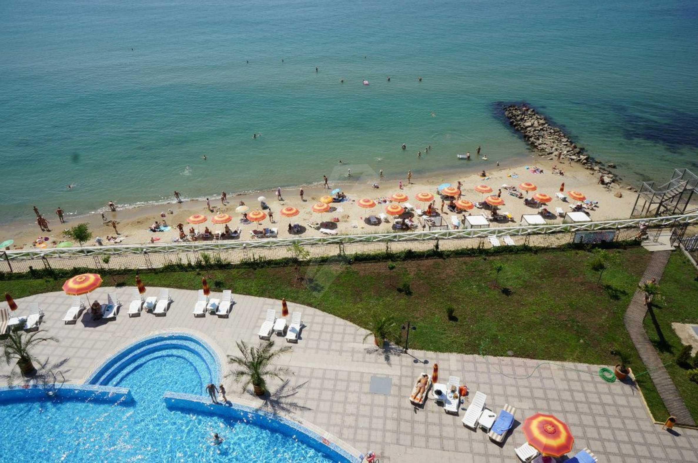One-bedroom apartment in Chateau Sea Wind complex in Sveti Vlas 21