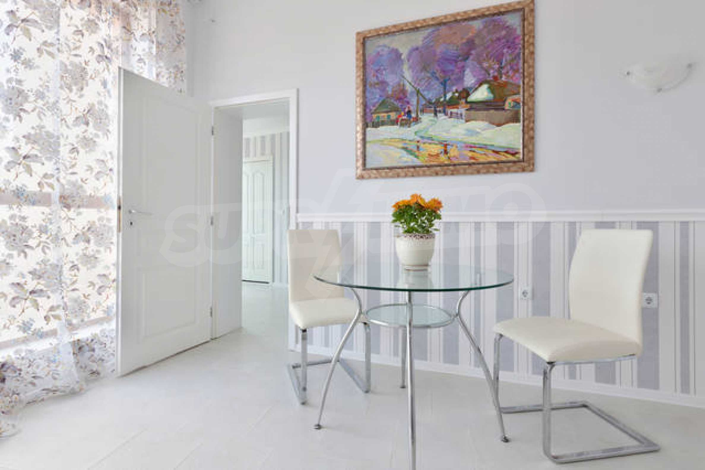 One-bedroom apartment in Chateau Sea Wind complex in Sveti Vlas 6