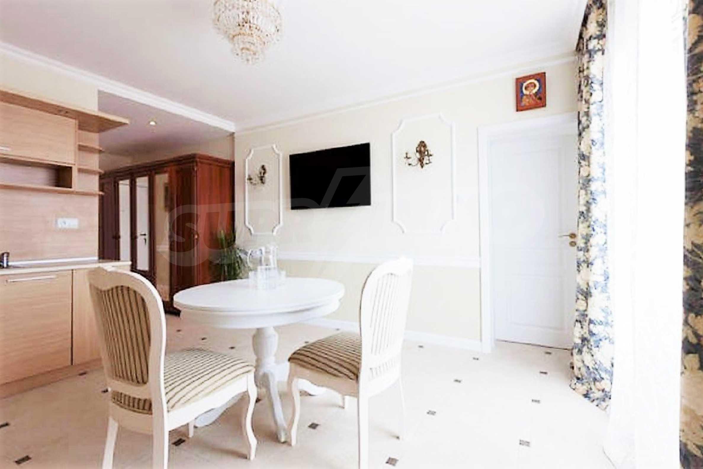 One-bedroom apartment in Chateau Sea Wind complex in Sveti Vlas 2