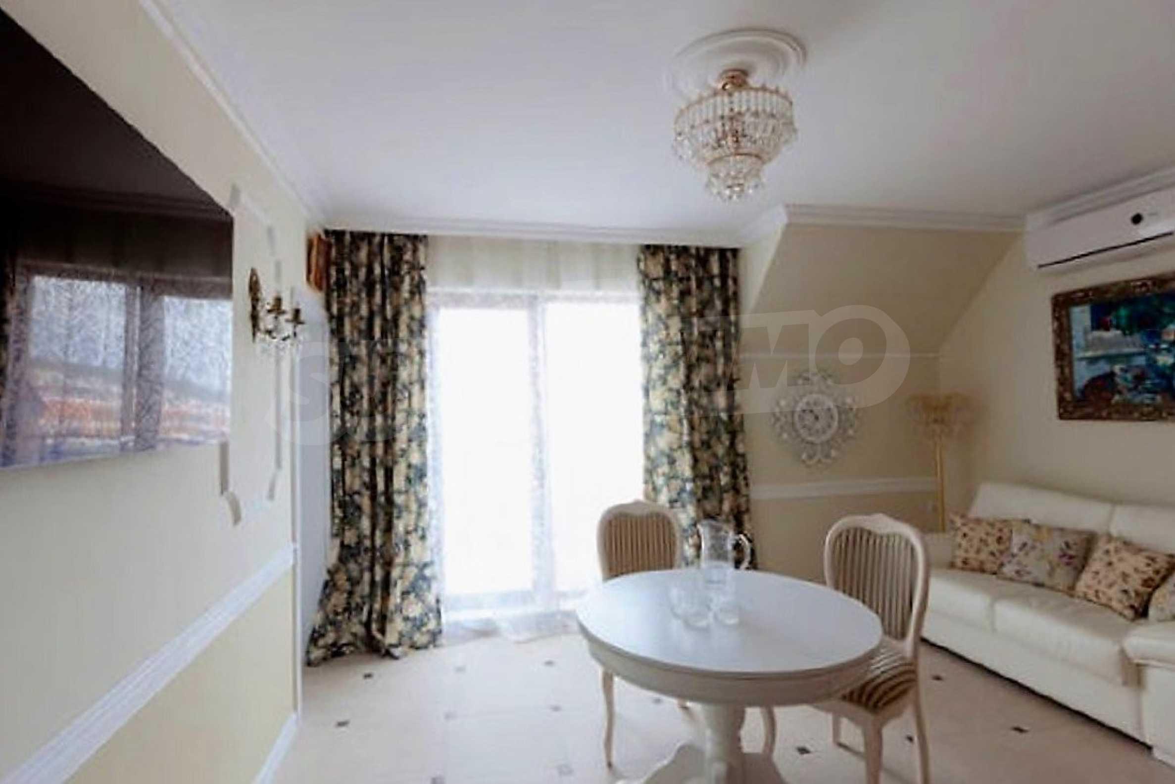 One-bedroom apartment in Chateau Sea Wind complex in Sveti Vlas 3