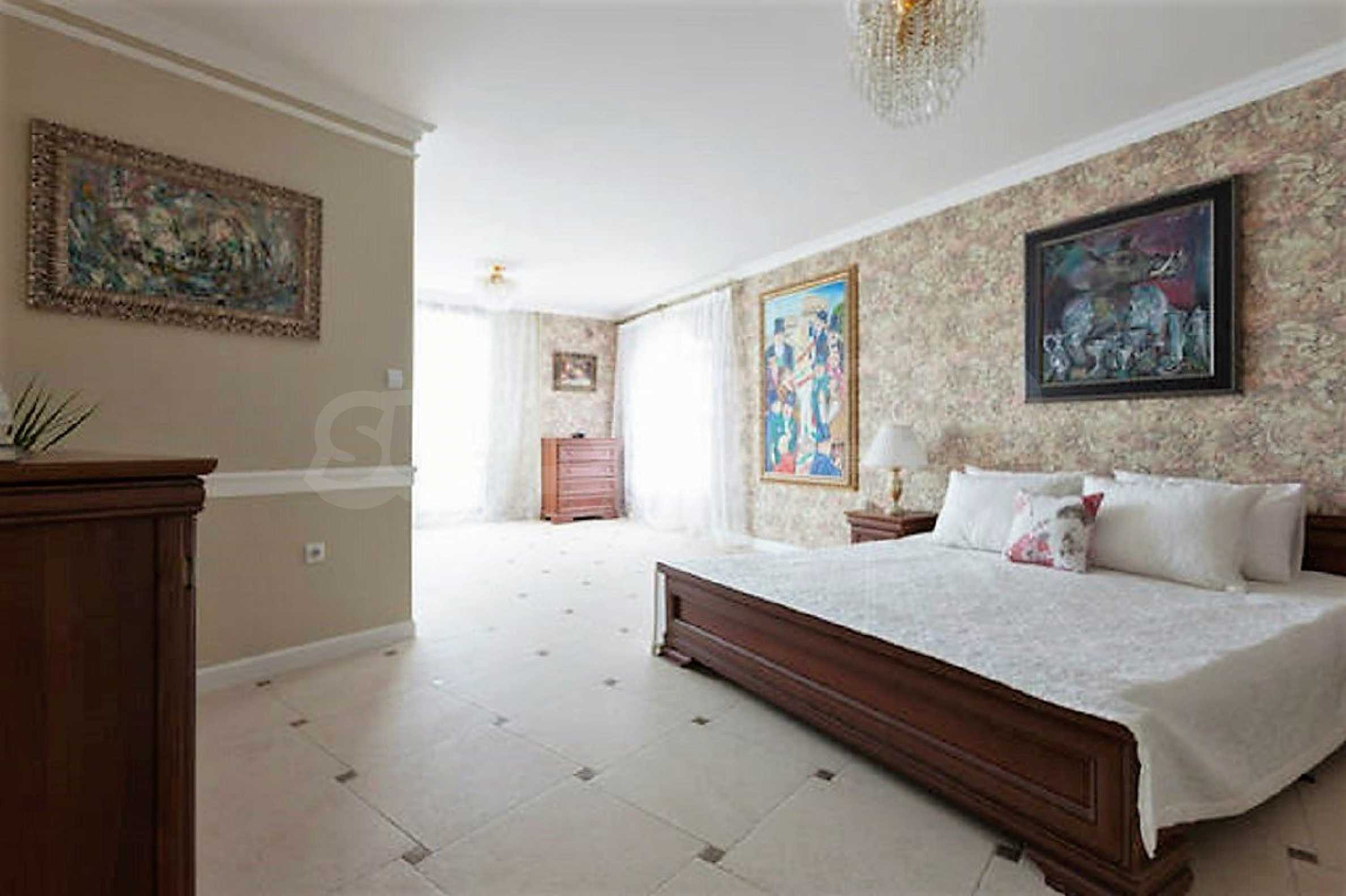 One-bedroom apartment in Chateau Sea Wind complex in Sveti Vlas 5