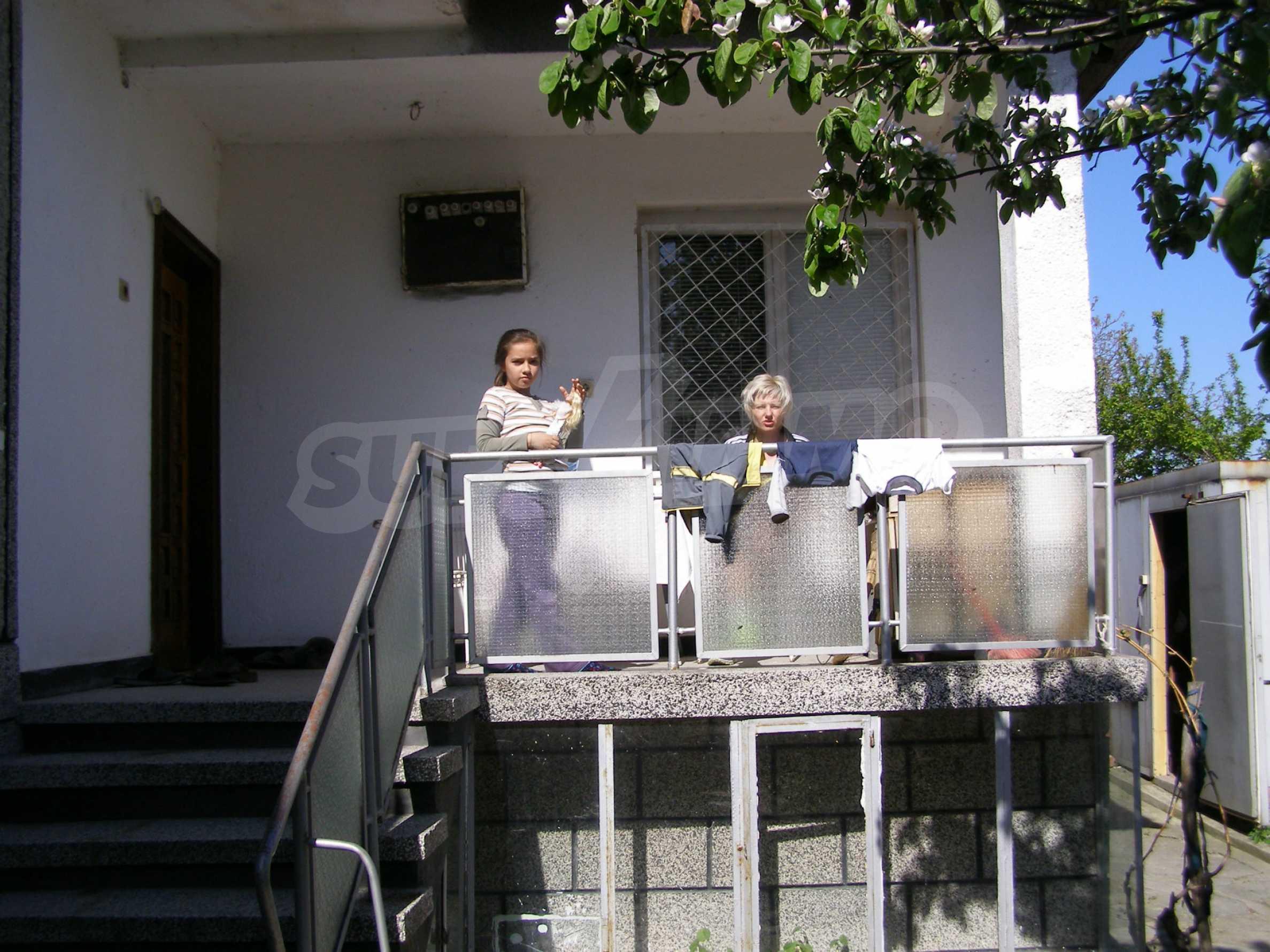 Spacious 1-storey house with yard in Simeonovgrad 2