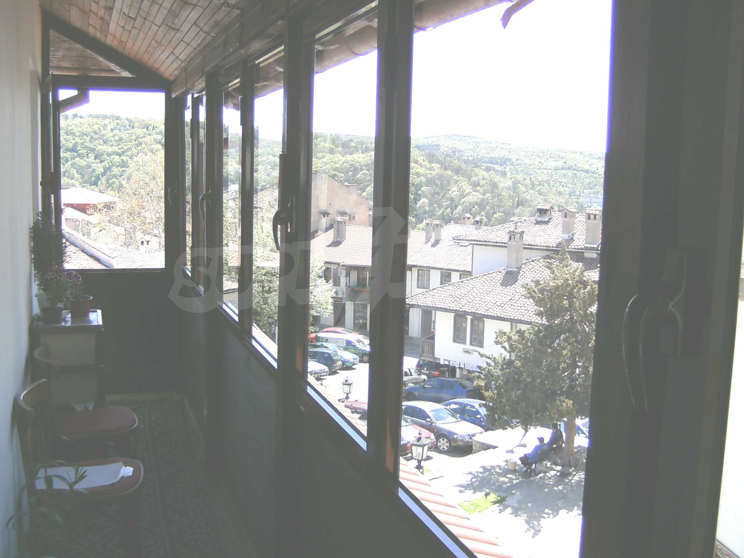 Unique three-storey house located in the old part of Veliko Tarnovo 23