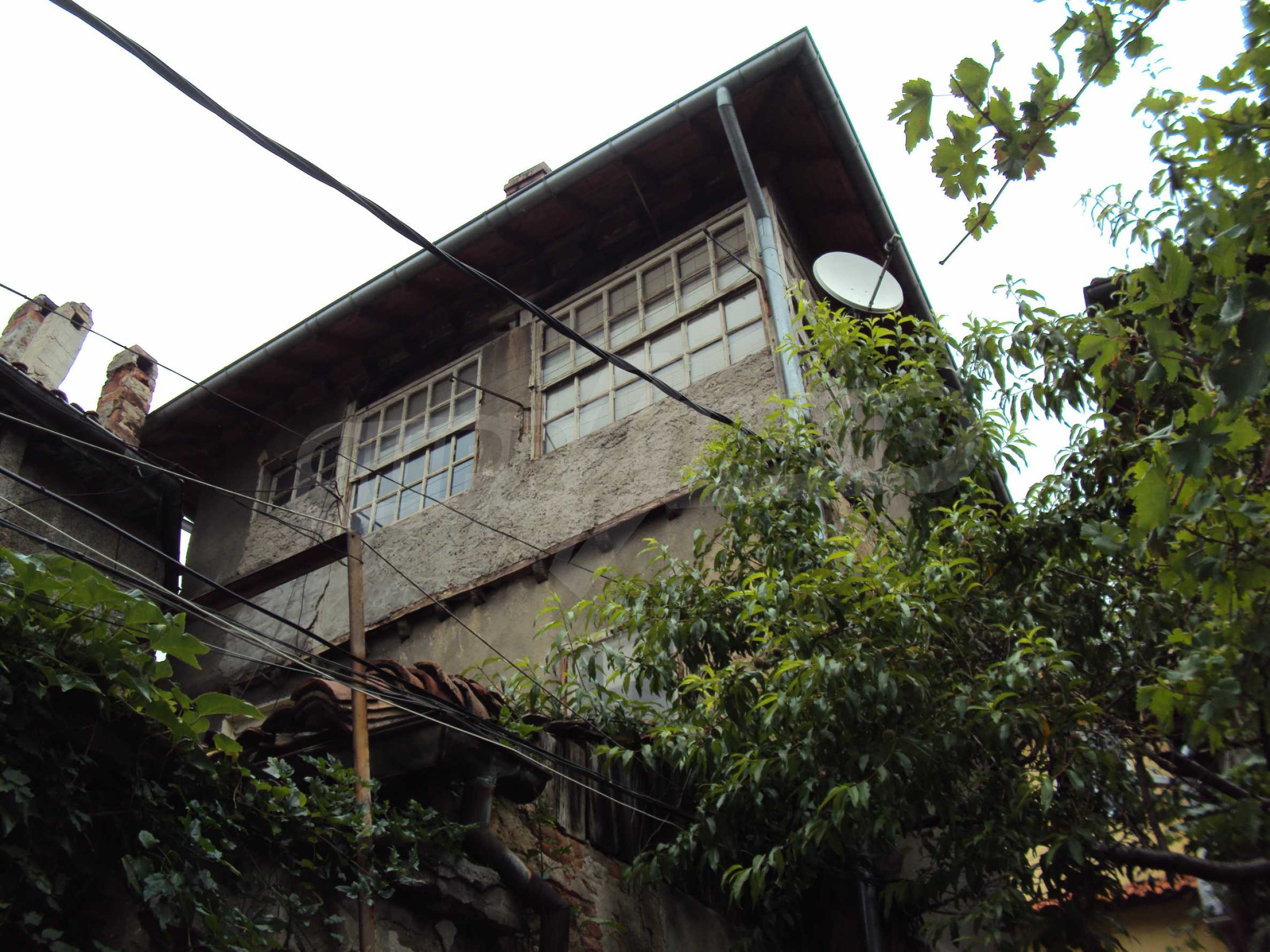 Traditional, spacious house located in the old part of Veliko Tarnovo