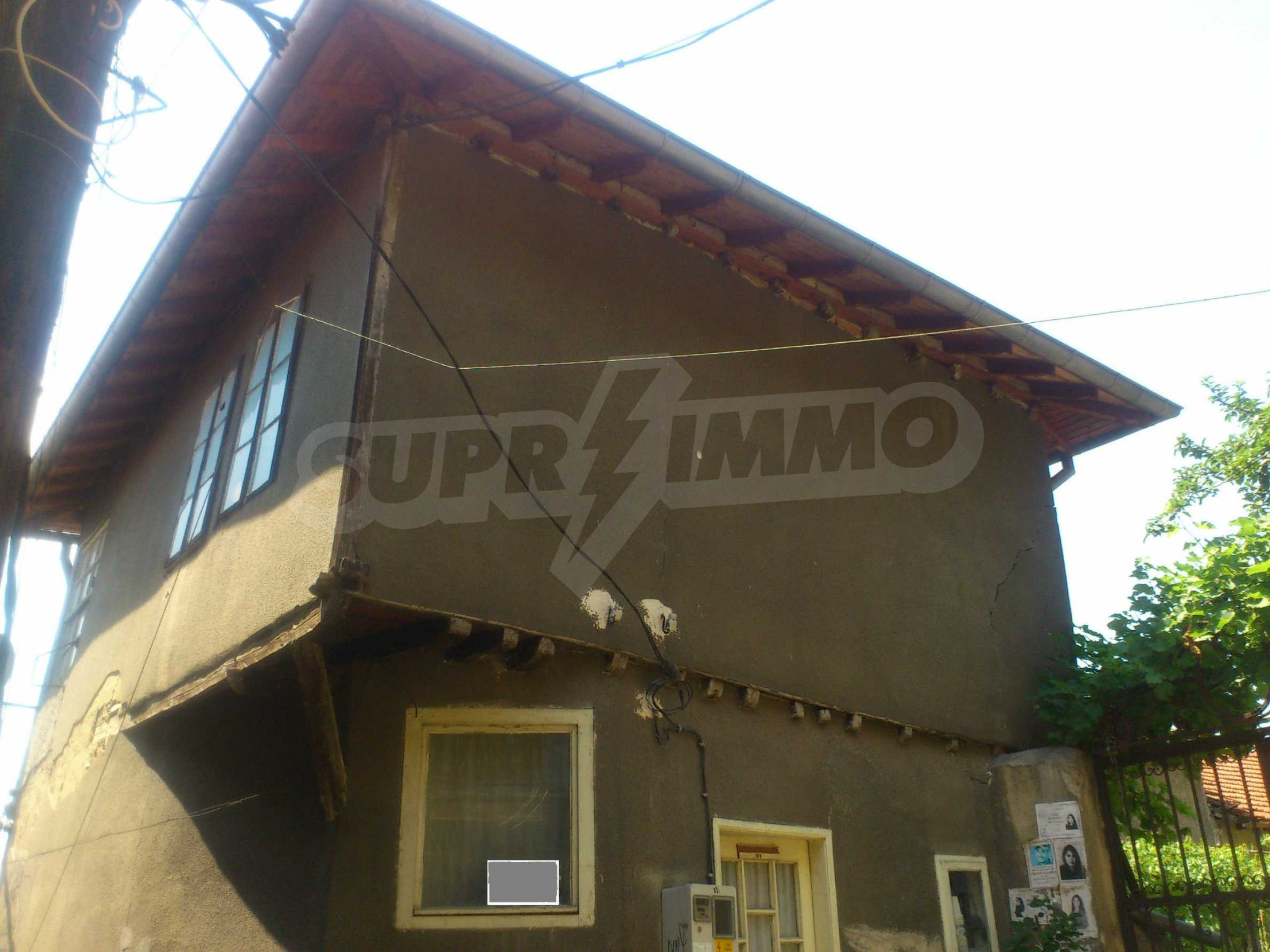 Traditional, spacious house located in the old part of Veliko Tarnovo 30