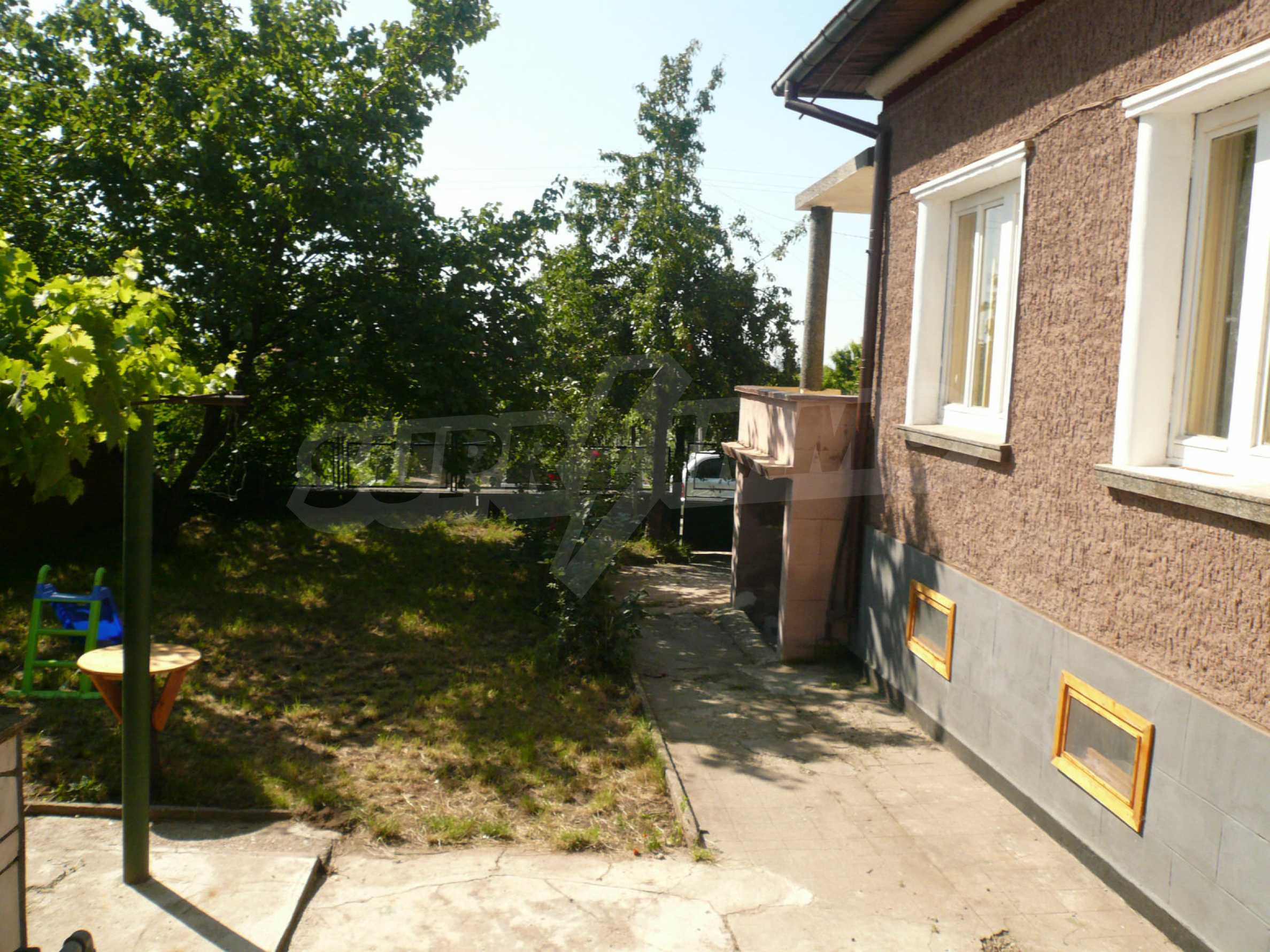 Rural houses with garden 12 km from Vidin 9
